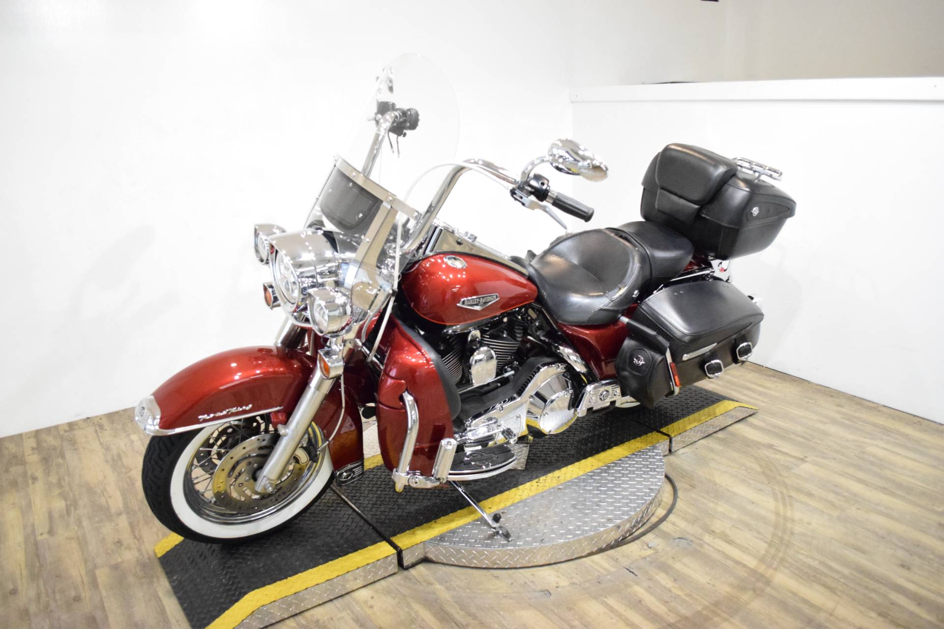 2006 Harley-Davidson Road King® in Wauconda, Illinois - Photo 24