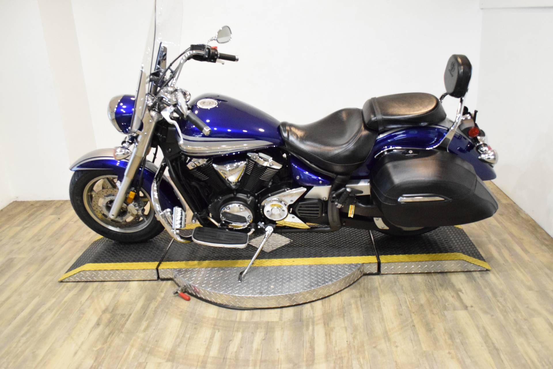 2009 Yamaha V Star 1300 Tourer in Wauconda, Illinois