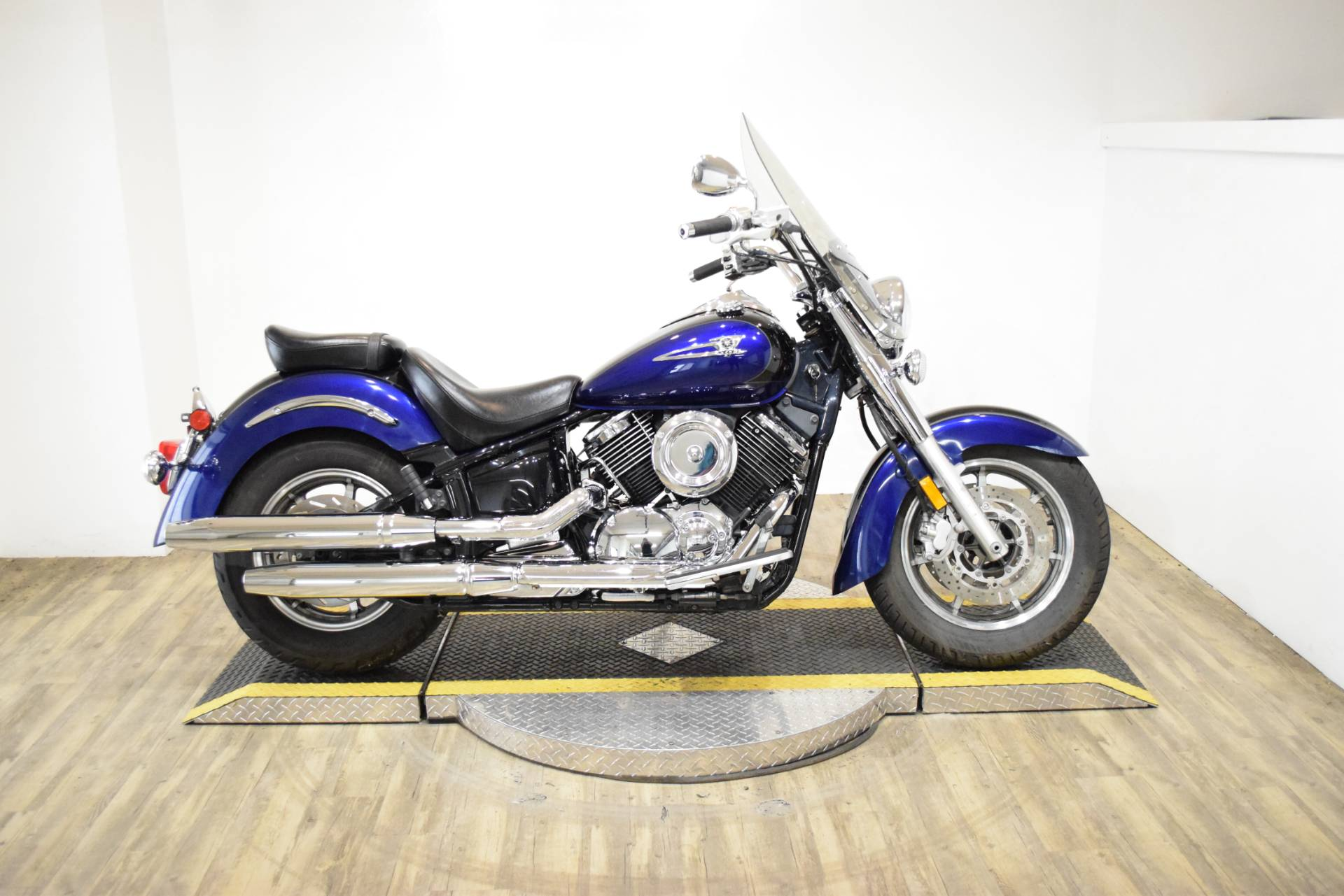 2005 Yamaha V Star® 1100 Classic in Wauconda, Illinois - Photo 1