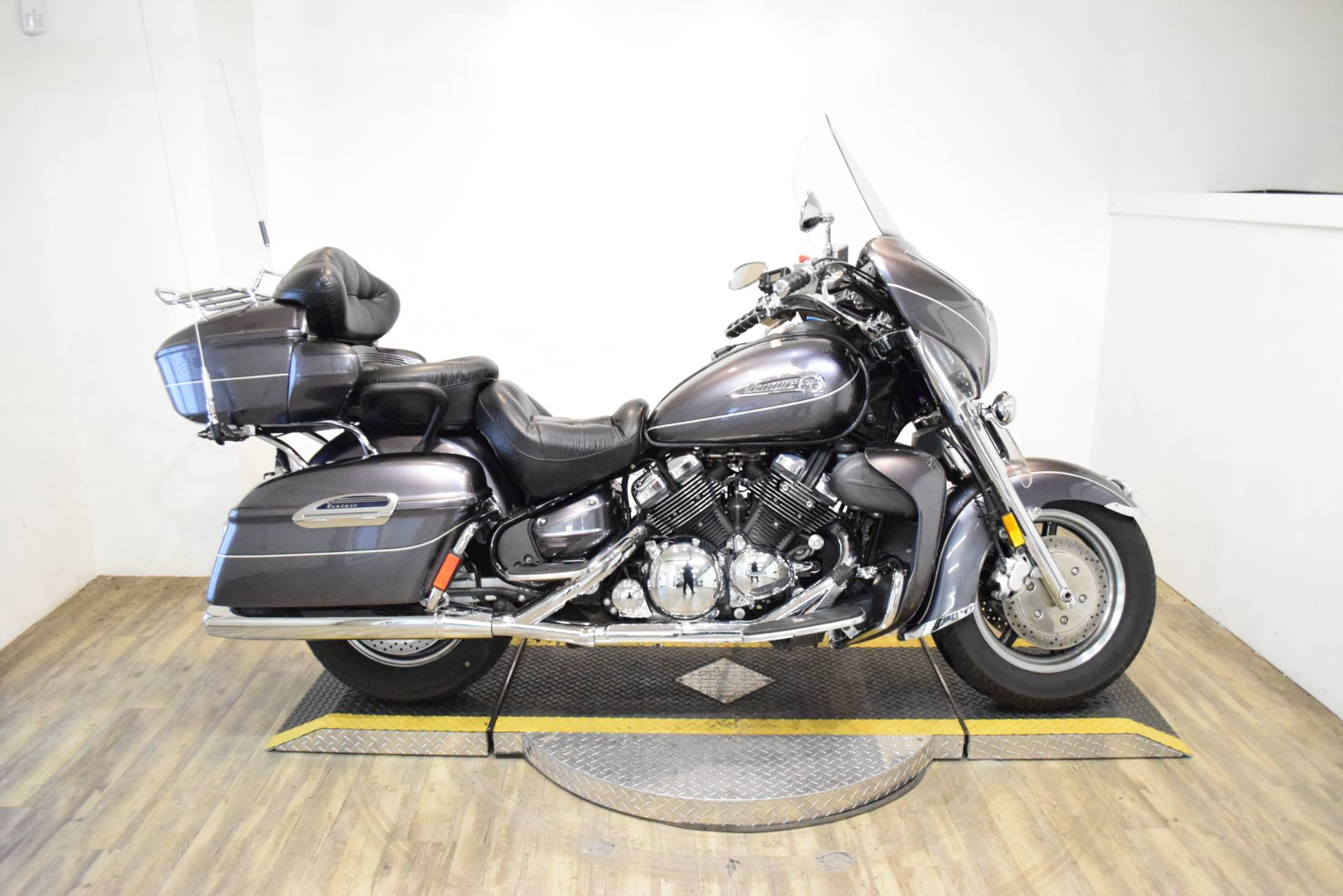 2008 Yamaha Royal Star® Venture in Wauconda, Illinois - Photo 1