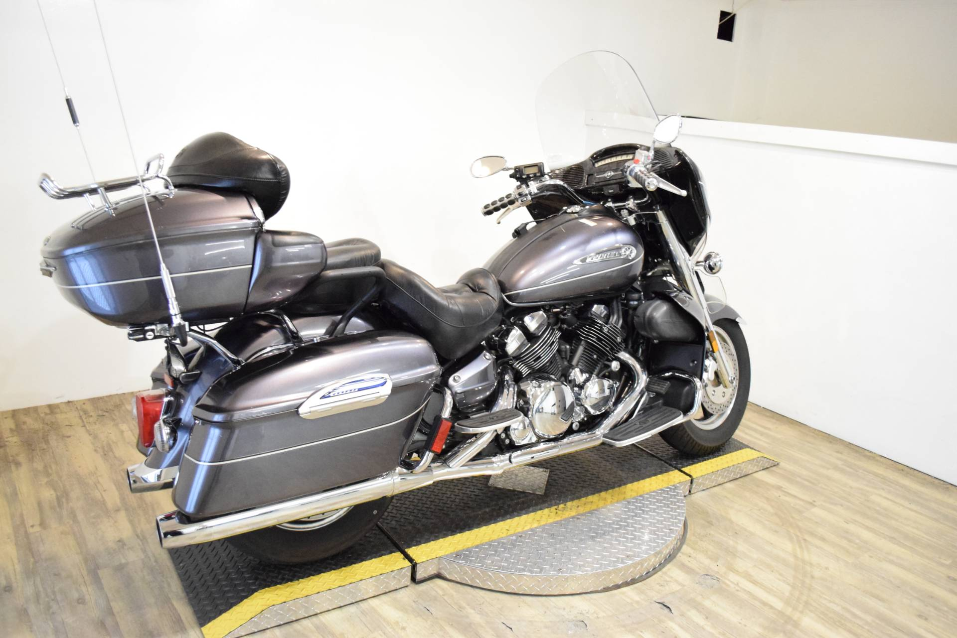 2008 Yamaha Royal Star® Venture in Wauconda, Illinois - Photo 11