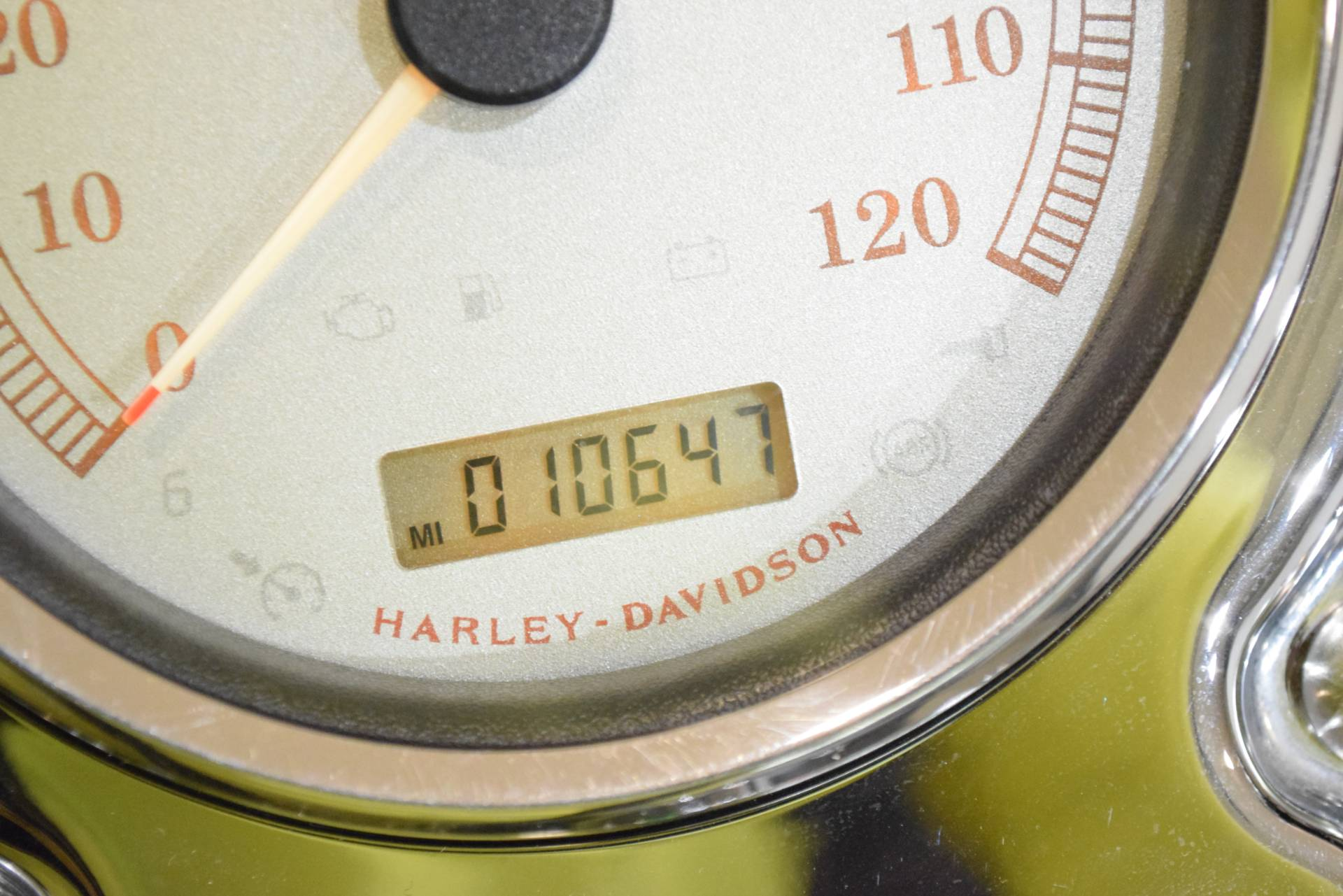 2009 Harley-Davidson Dyna® Fat Bob® in Wauconda, Illinois - Photo 29