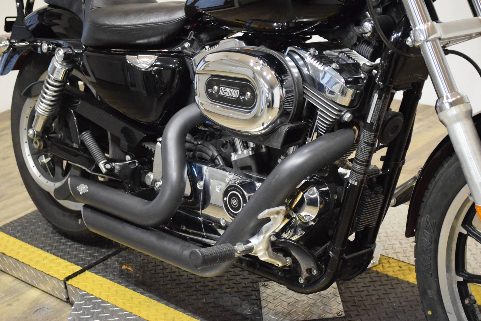 2009 Harley-Davidson Sportster® 1200 Low in Wauconda, Illinois - Photo 4