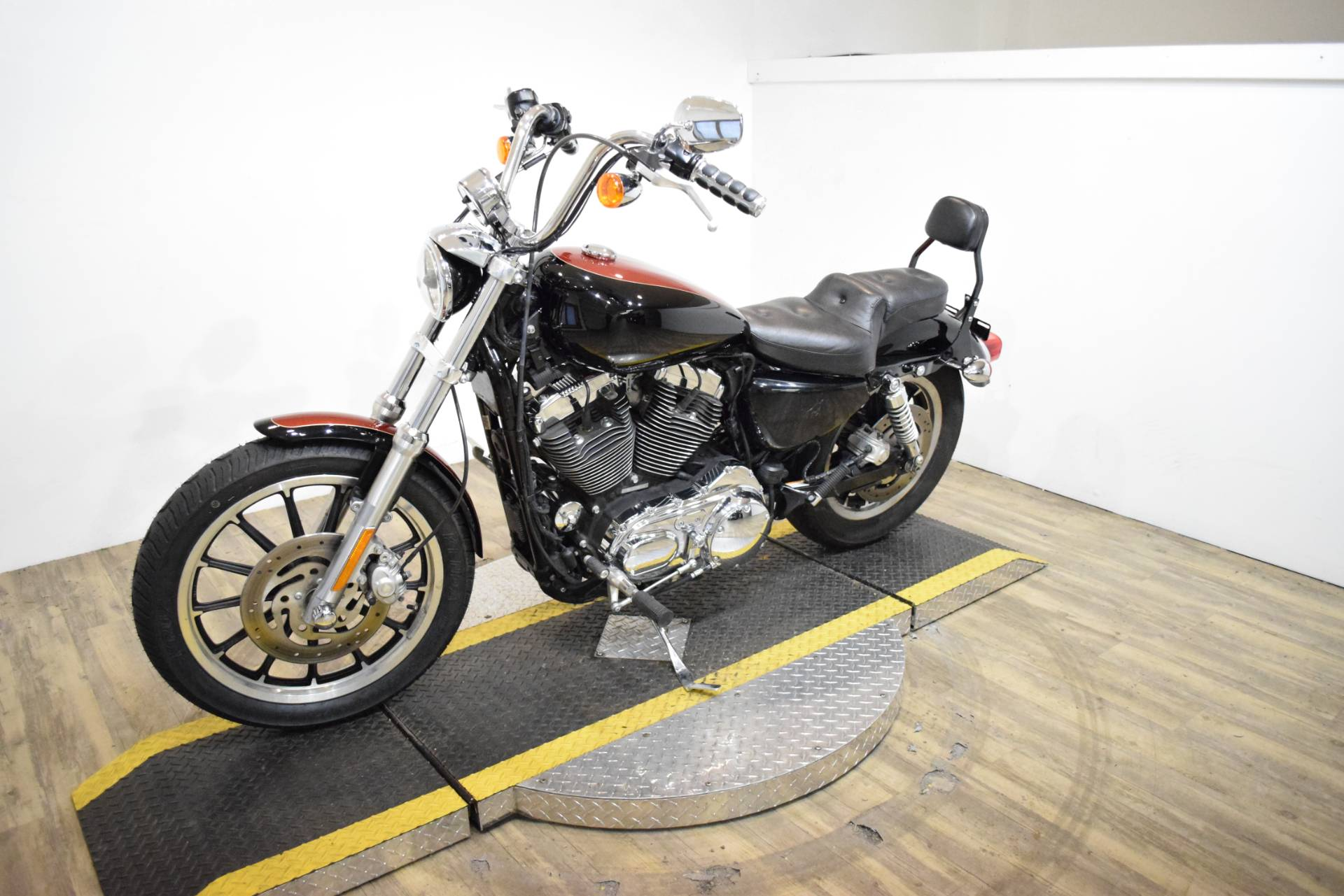 2009 Harley-Davidson Sportster® 1200 Low in Wauconda, Illinois - Photo 22
