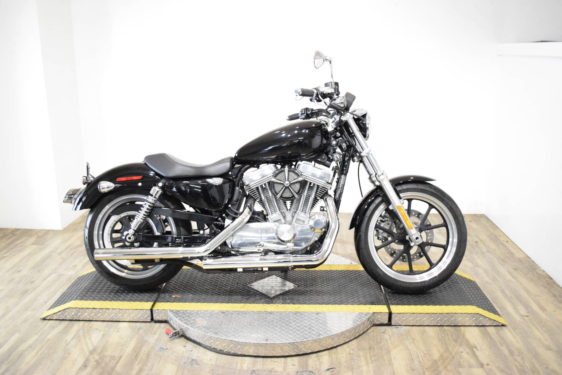 2014 Harley-Davidson Sportster® SuperLow® in Wauconda, Illinois - Photo 1