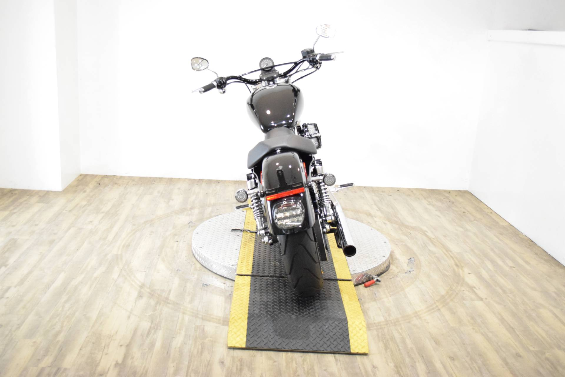 2014 Harley-Davidson Sportster® SuperLow® in Wauconda, Illinois - Photo 23