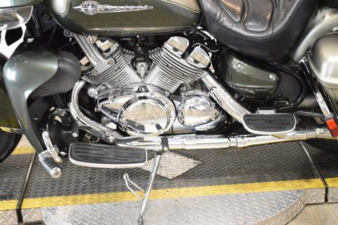 2001 Yamaha Royal Star Venture in Wauconda, Illinois - Photo 18