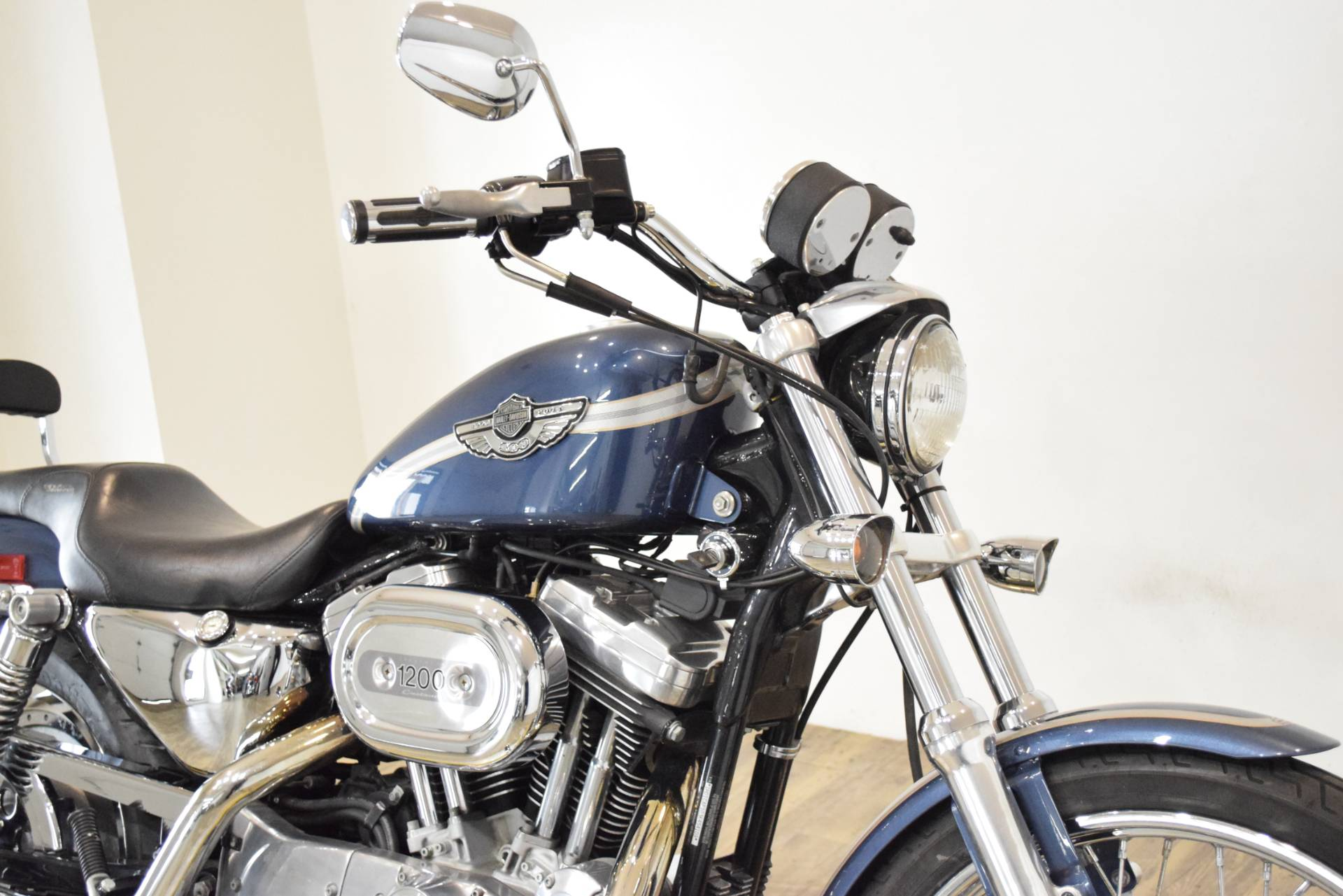 2003 Harley-Davidson XL 1200C Sportster® 1200 Custom in Wauconda, Illinois - Photo 3