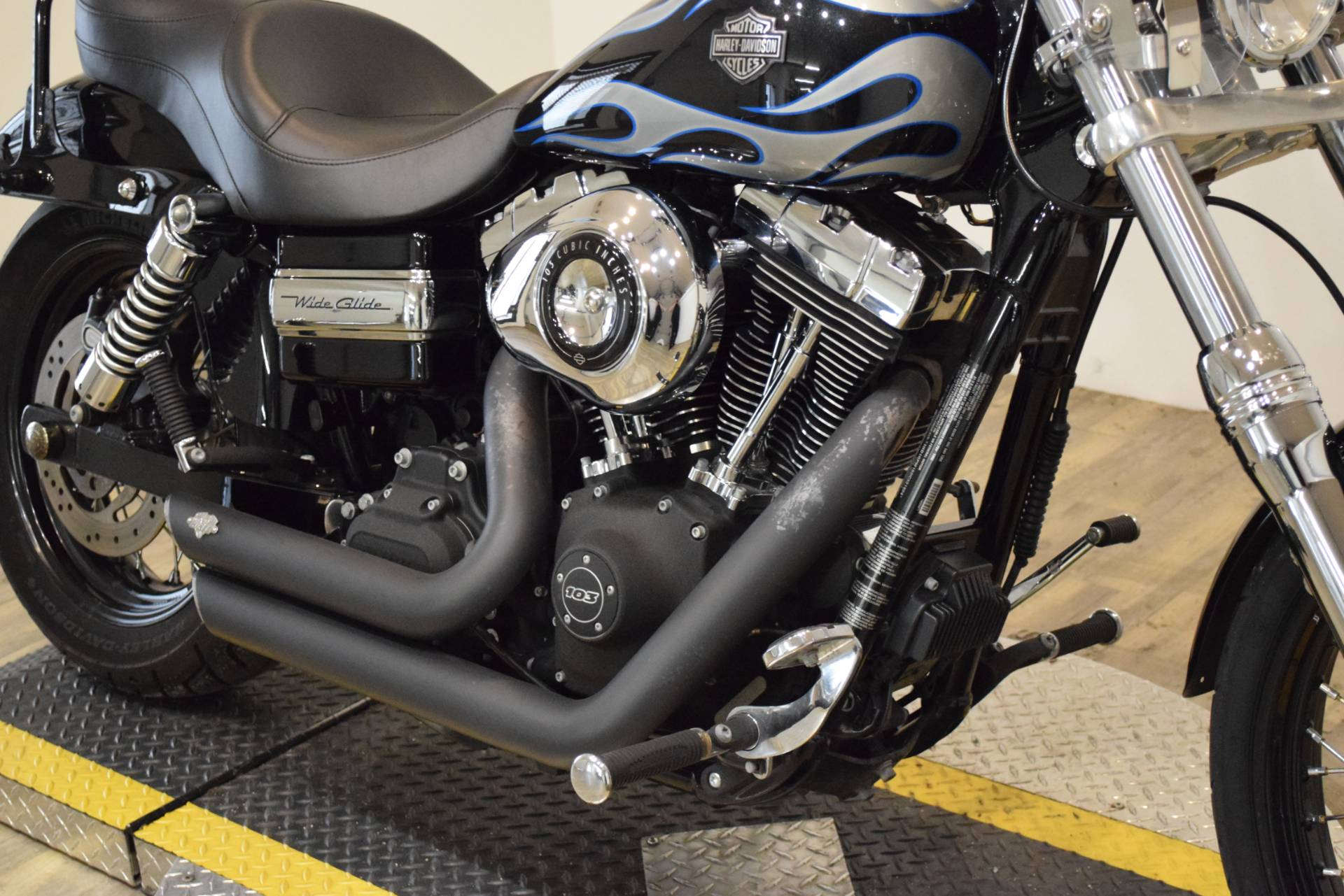 2013 Harley-Davidson Dyna® Wide Glide® in Wauconda, Illinois - Photo 4
