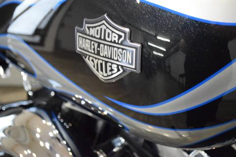 2013 Harley-Davidson Dyna® Wide Glide® in Wauconda, Illinois - Photo 5