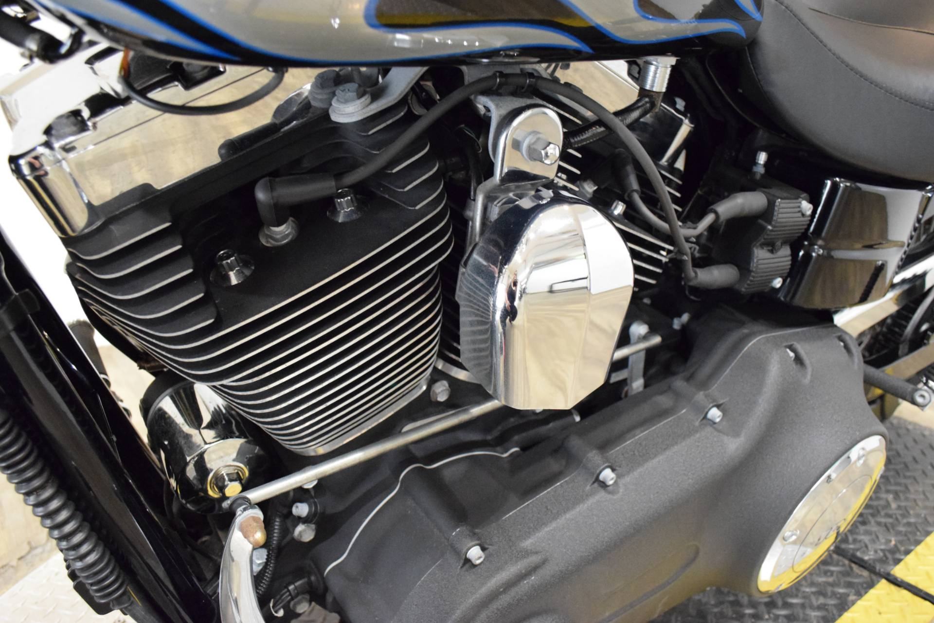 2013 Harley-Davidson Dyna® Wide Glide® in Wauconda, Illinois - Photo 20