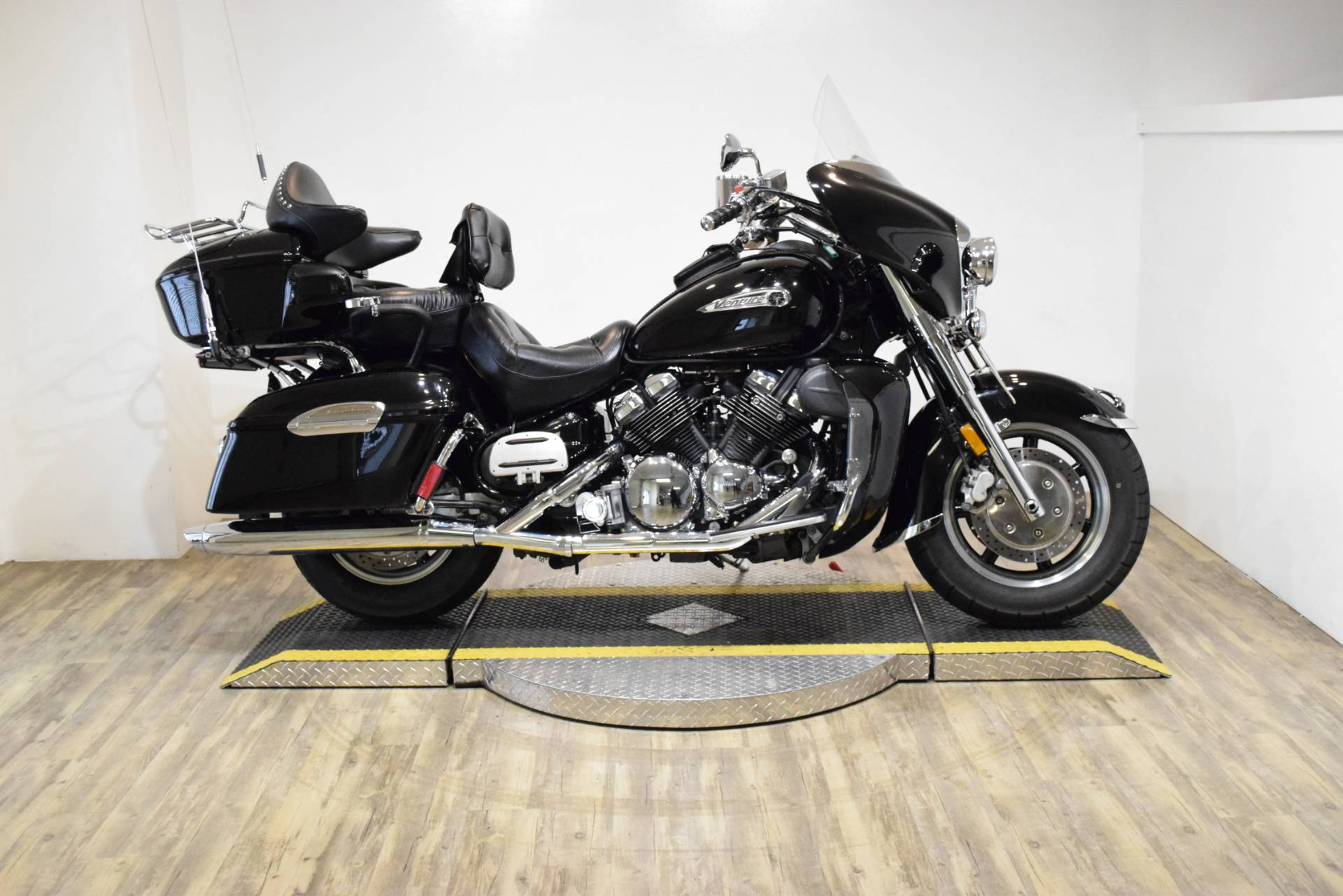 2007 Yamaha Royal Star® Midnight Venture Used Motorcycle for Sale ...