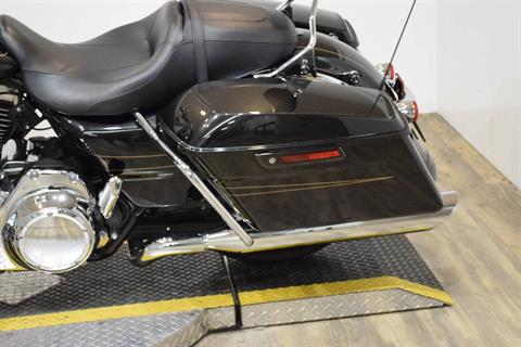 2016 Harley-Davidson Road Glide® Special in Wauconda, Illinois - Photo 18
