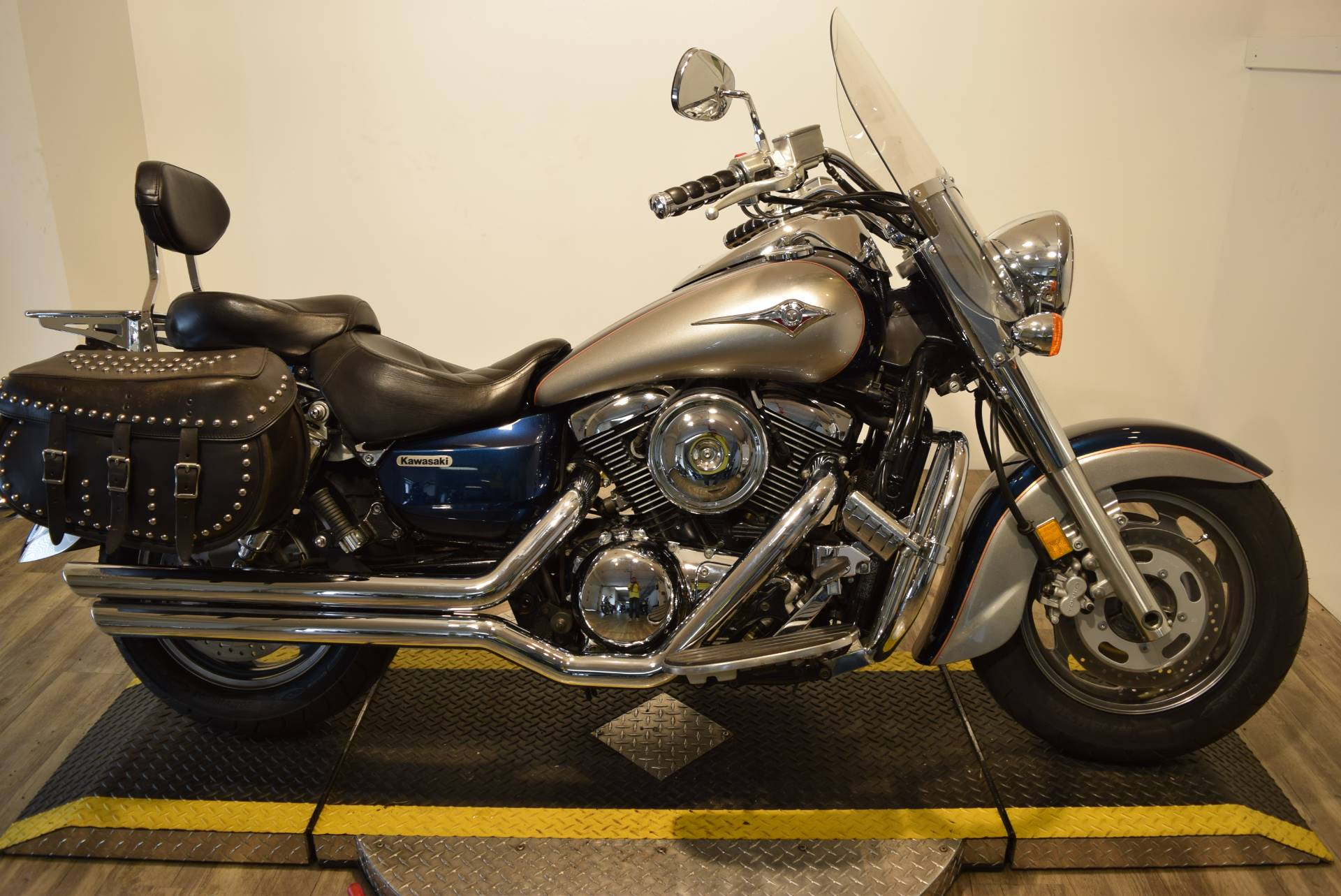 2006 Kawasaki Vulcan® 1600 Classic in Wauconda, Illinois