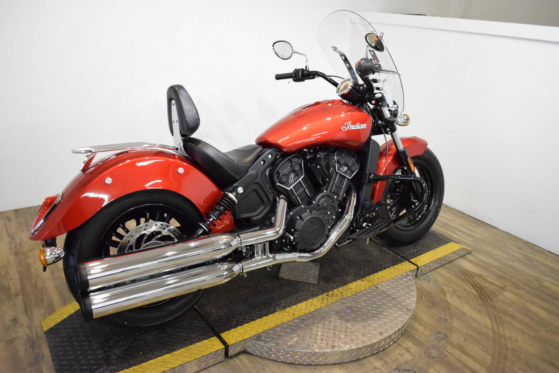 2019 Indian Scout® Sixty ABS in Wauconda, Illinois - Photo 9