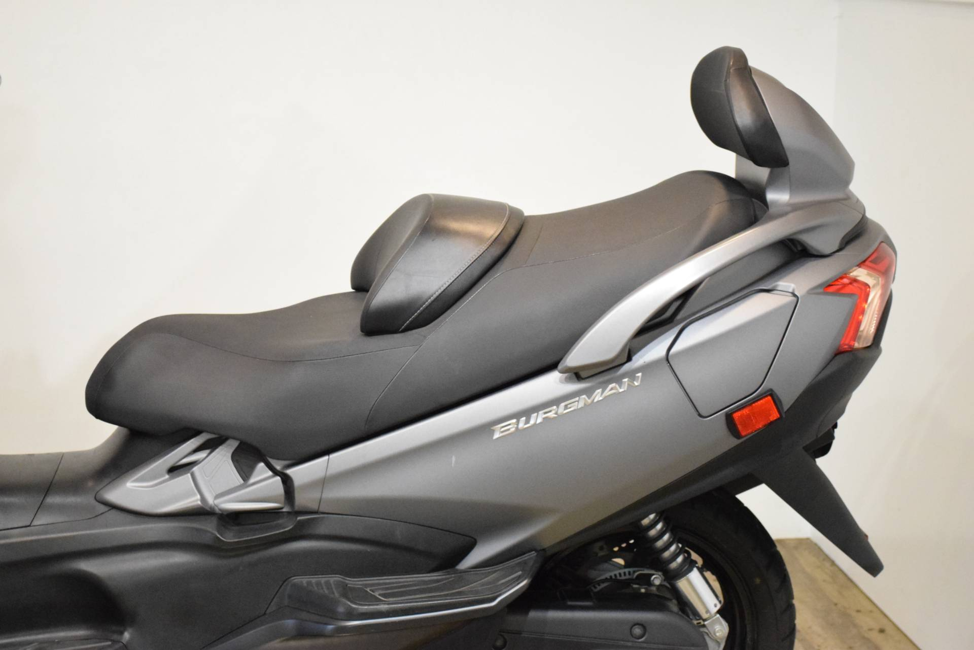 2014 Suzuki Burgman™ 650 ABS in Wauconda, Illinois - Photo 16
