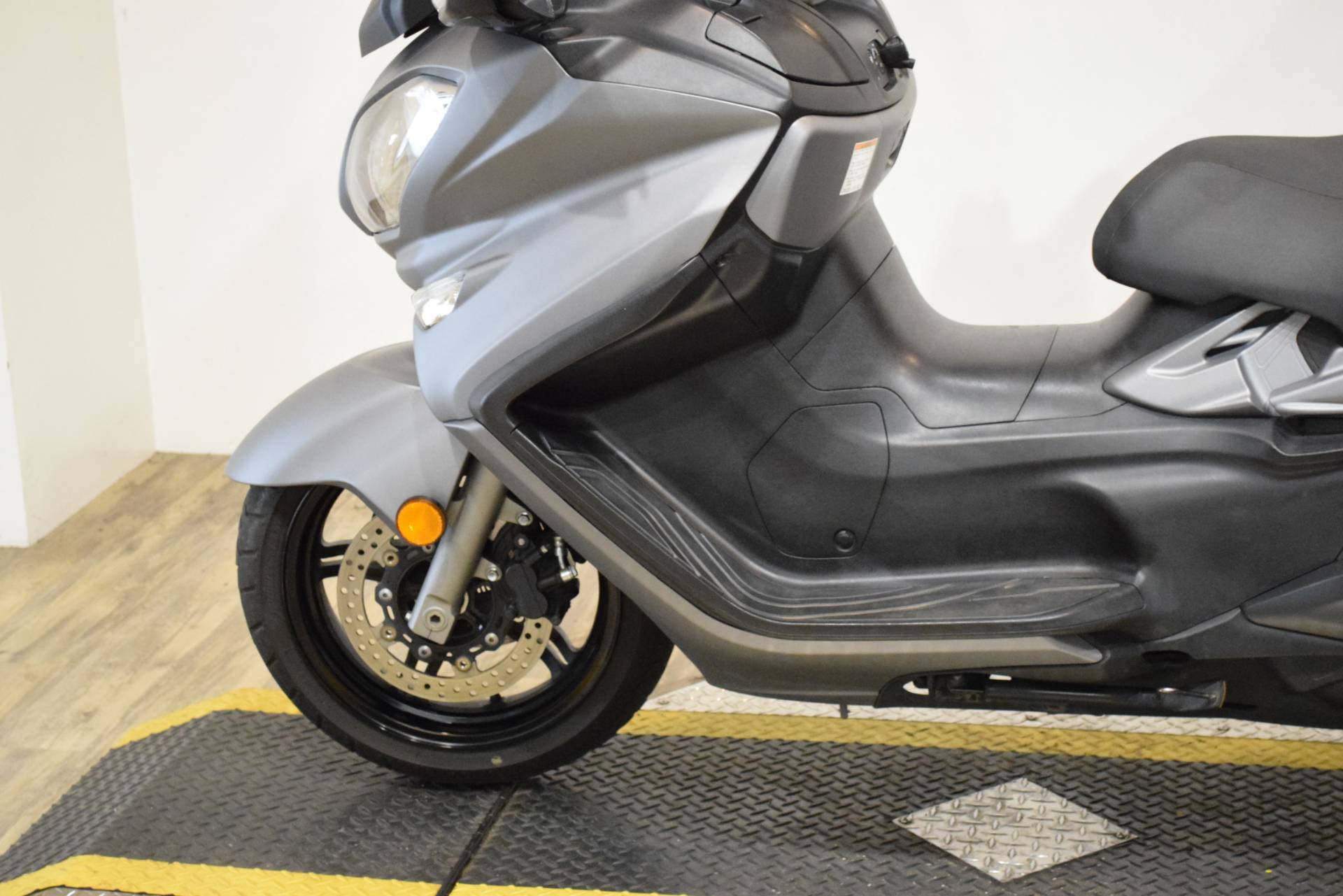 2014 Suzuki Burgman™ 650 ABS in Wauconda, Illinois - Photo 17