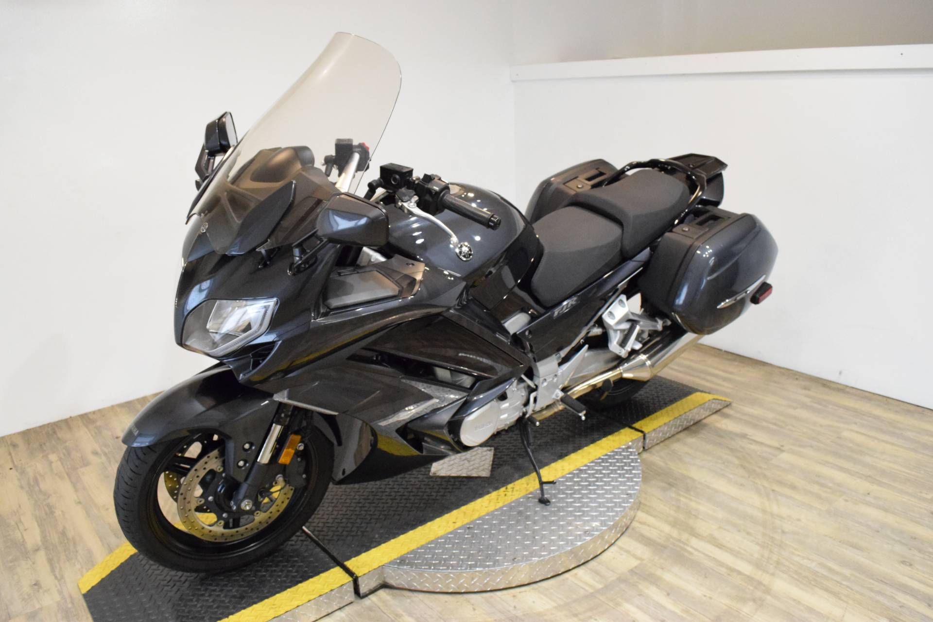 2015 Yamaha FJR1300A in Wauconda, Illinois