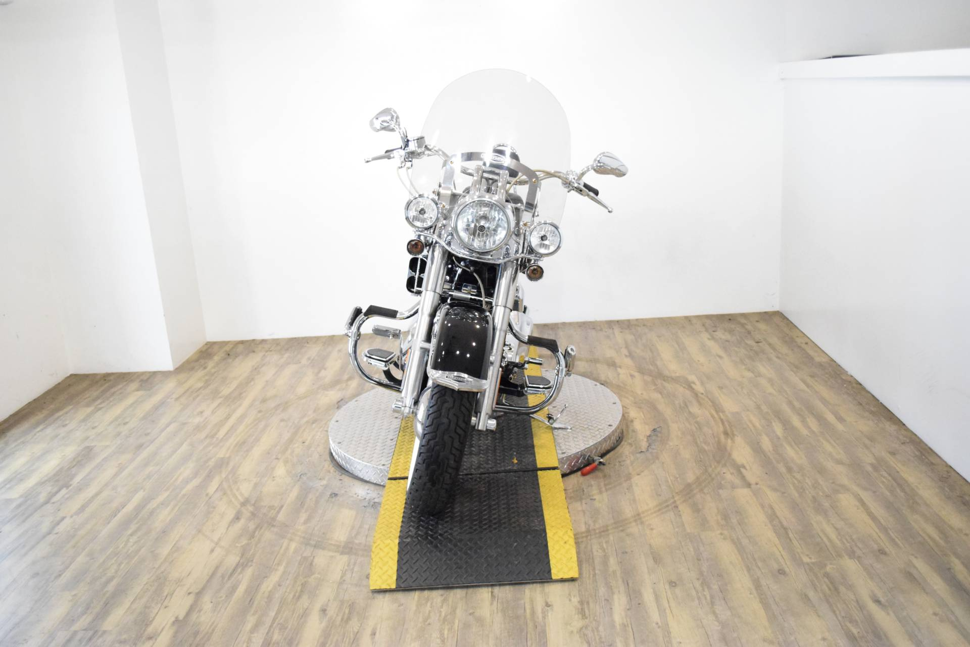2007 Harley-Davidson Softail Deluxe in Wauconda, Illinois - Photo 11