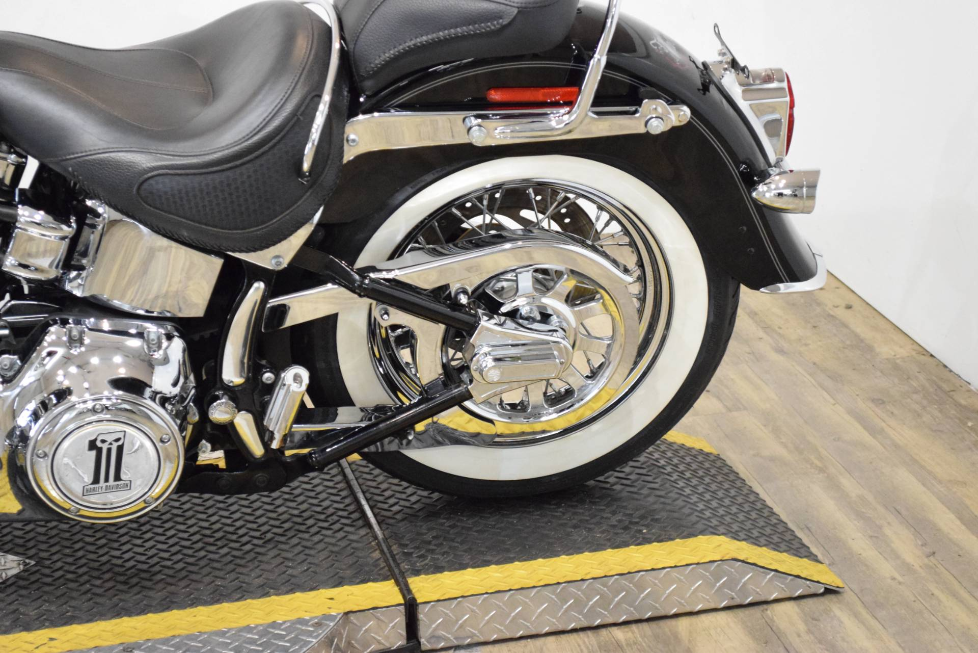 2007 Harley-Davidson Softail Deluxe in Wauconda, Illinois - Photo 17