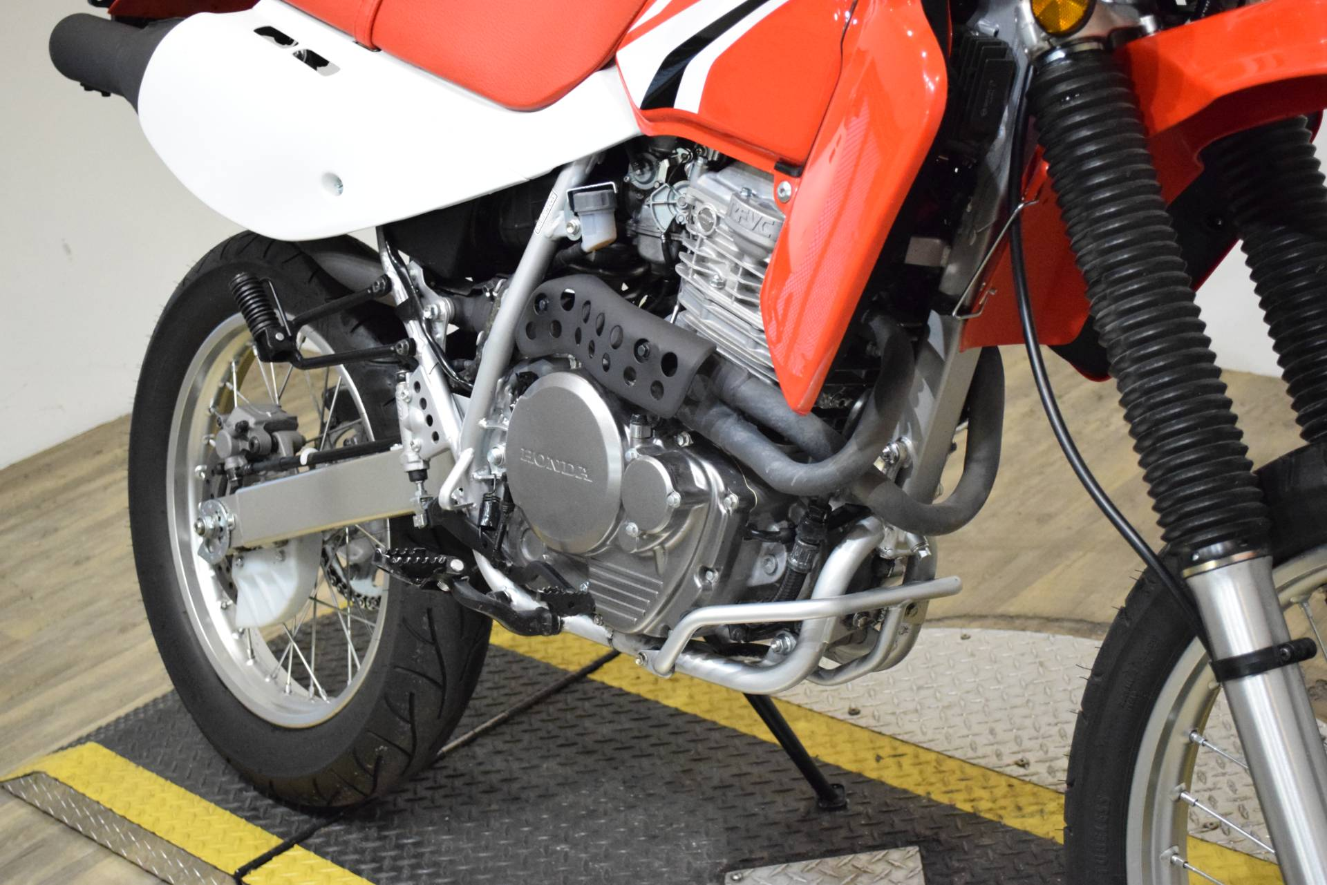 2018 Honda XR650L in Wauconda, Illinois - Photo 4