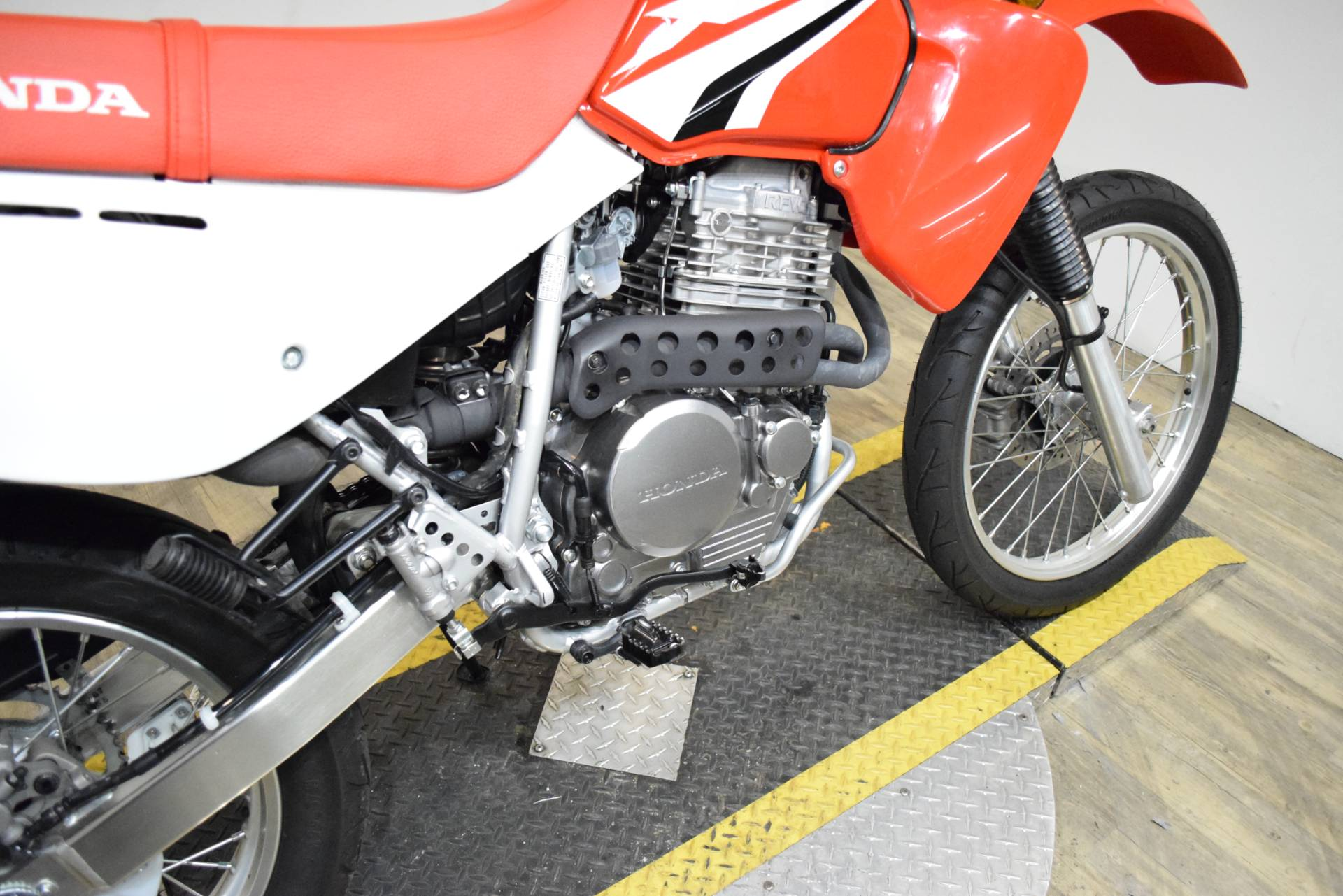 2018 Honda XR650L in Wauconda, Illinois - Photo 6