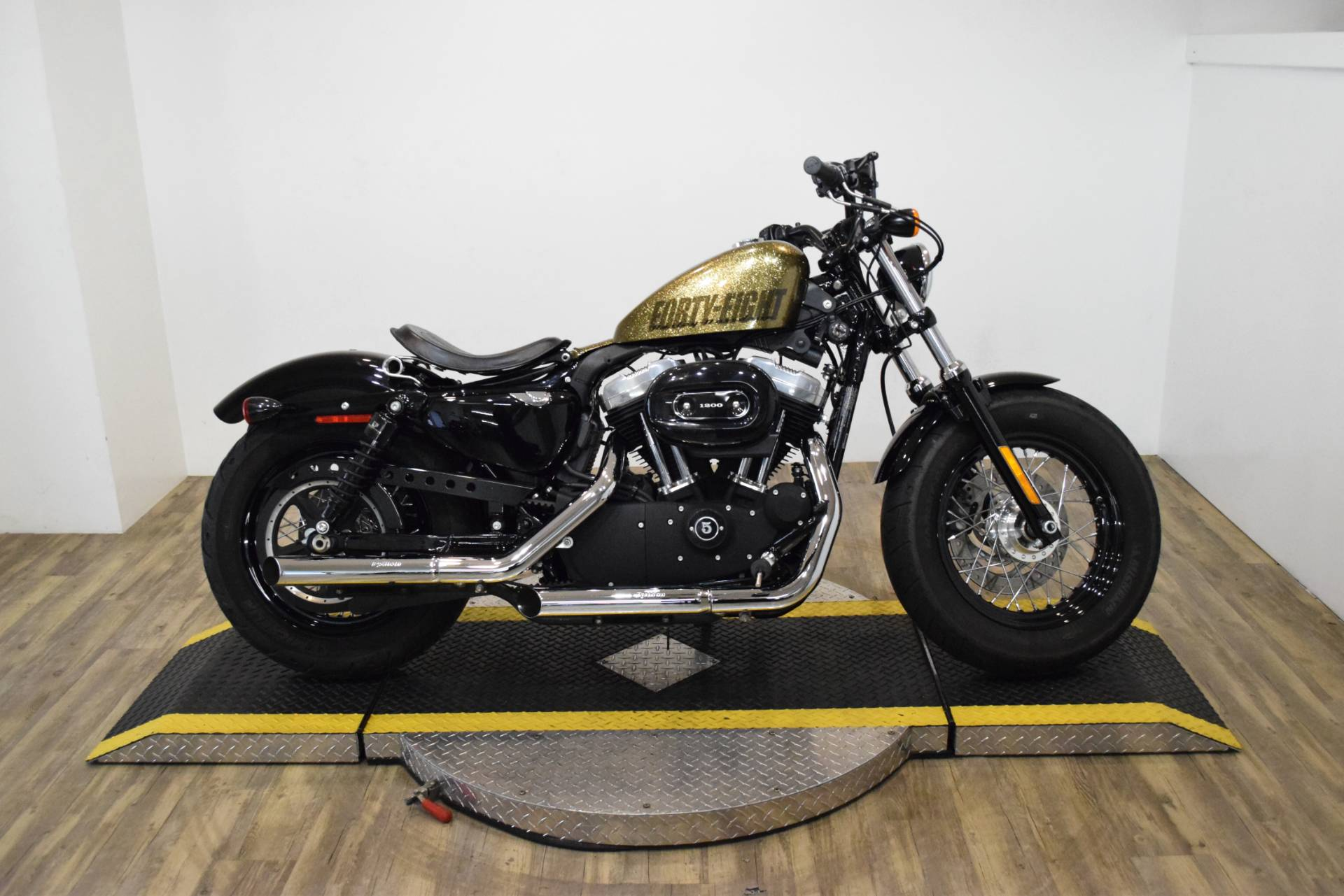 2013 Harley-Davidson Sportster Forty-Eight 1