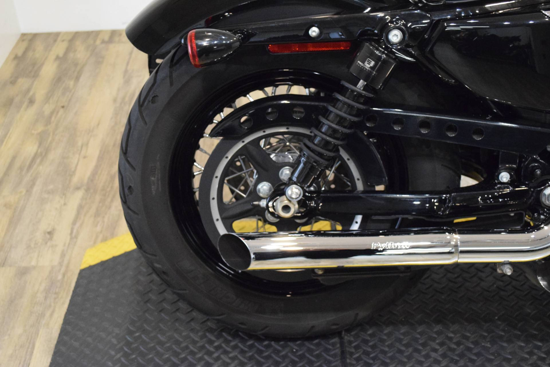 2013 Harley-Davidson Sportster Forty-Eight 9