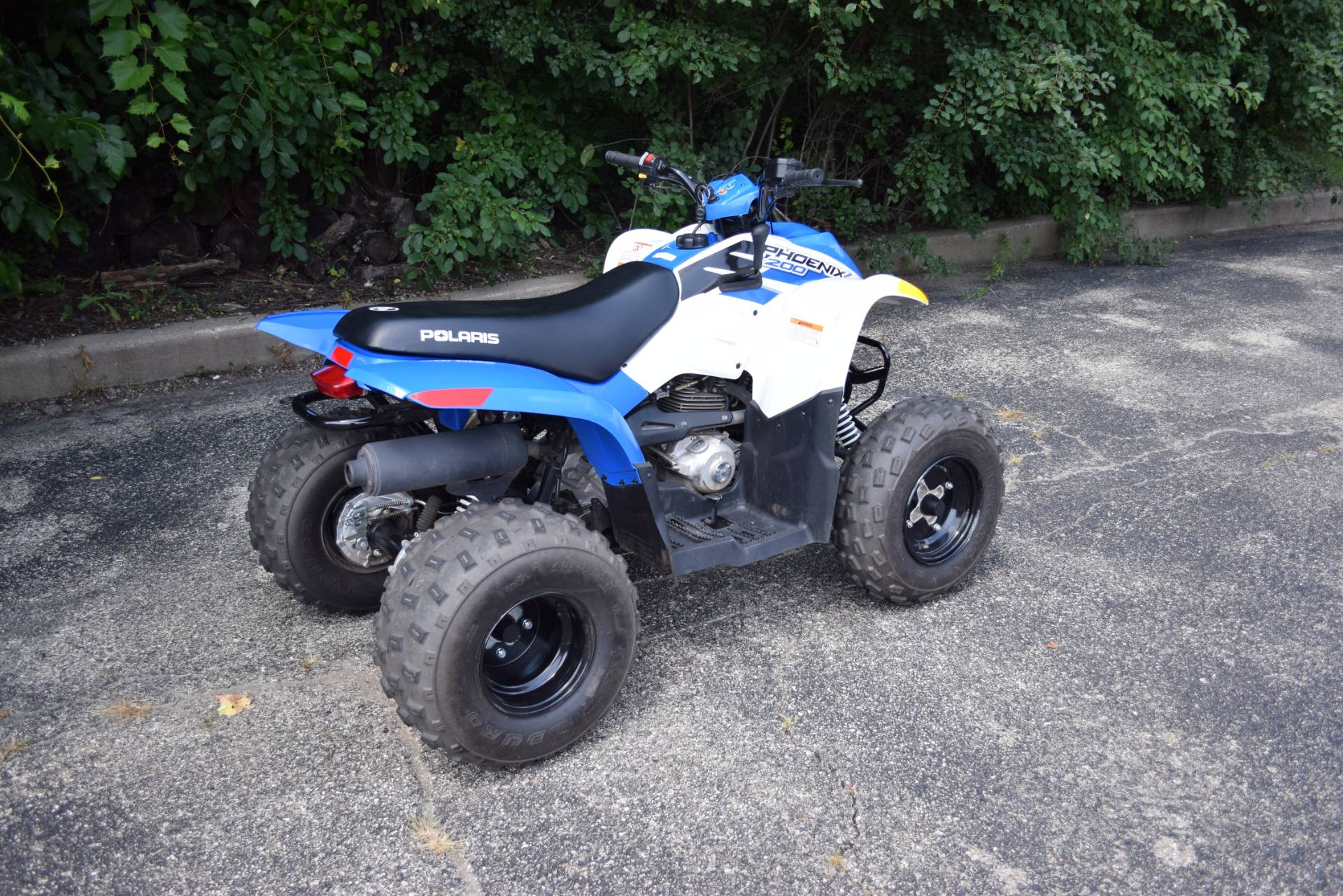 2016 Polaris Phoenix 200 in Wauconda, Illinois - Photo 8