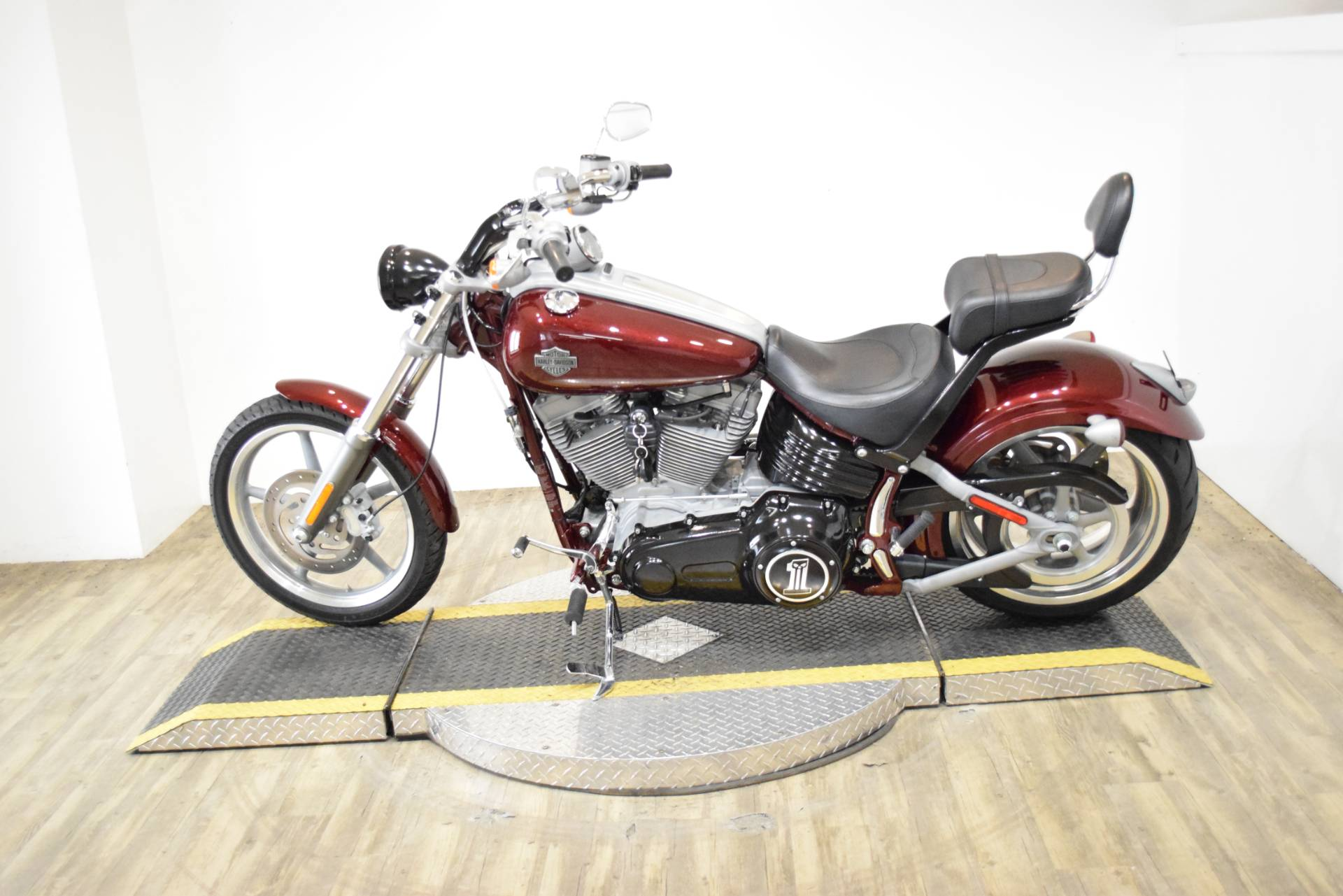 2008 Harley-Davidson Softail® Rocker™ in Wauconda, Illinois - Photo 16
