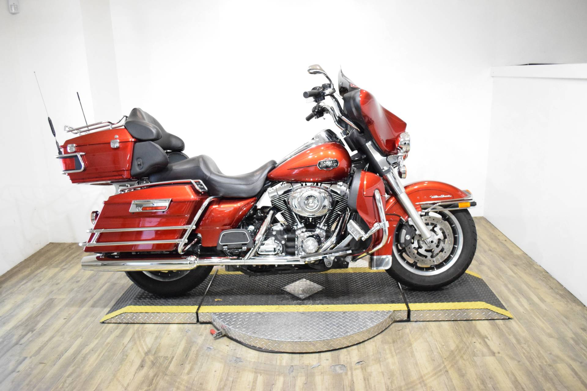 2008 Harley-Davidson Ultra Classic® Electra Glide® in Wauconda, Illinois - Photo 1