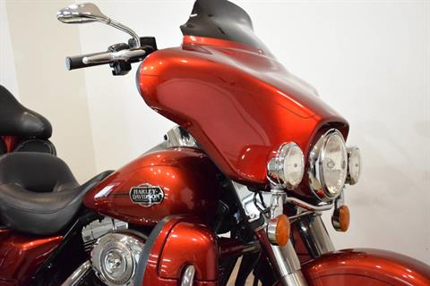 2008 Harley-Davidson Ultra Classic® Electra Glide® in Wauconda, Illinois - Photo 3
