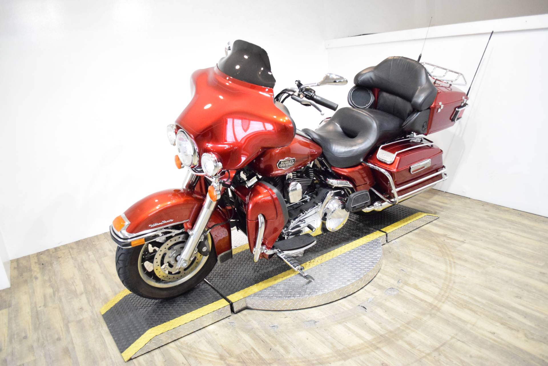 2008 Harley-Davidson Ultra Classic® Electra Glide® in Wauconda, Illinois - Photo 24