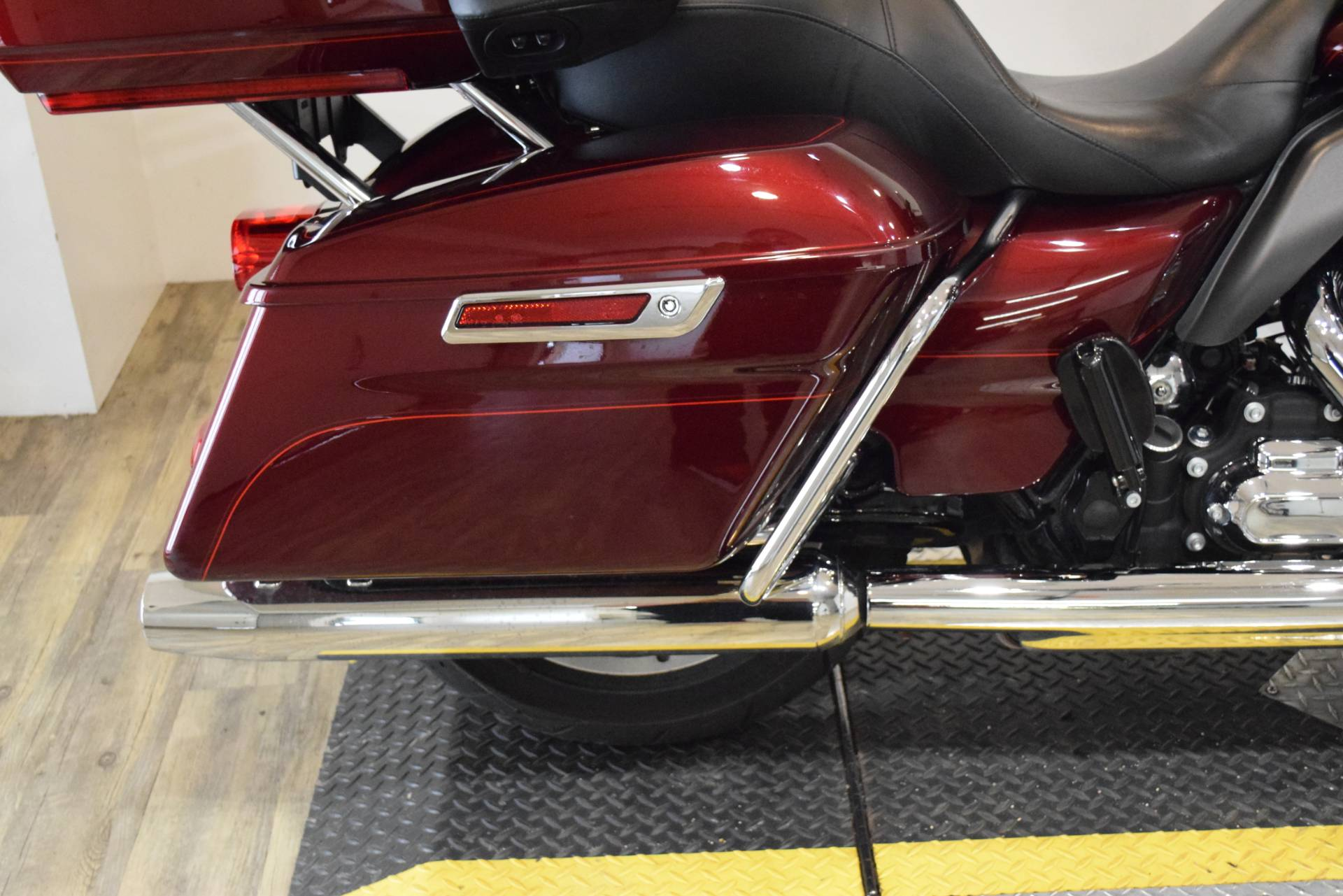 2015 Harley-Davidson Electra Glide® Ultra Classic® Low in Wauconda, Illinois - Photo 9