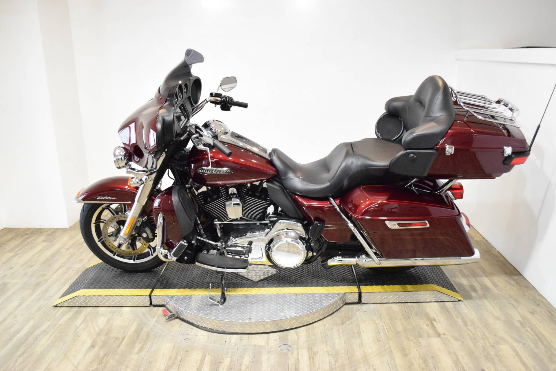 2015 Harley-Davidson Electra Glide® Ultra Classic® Low in Wauconda, Illinois - Photo 17