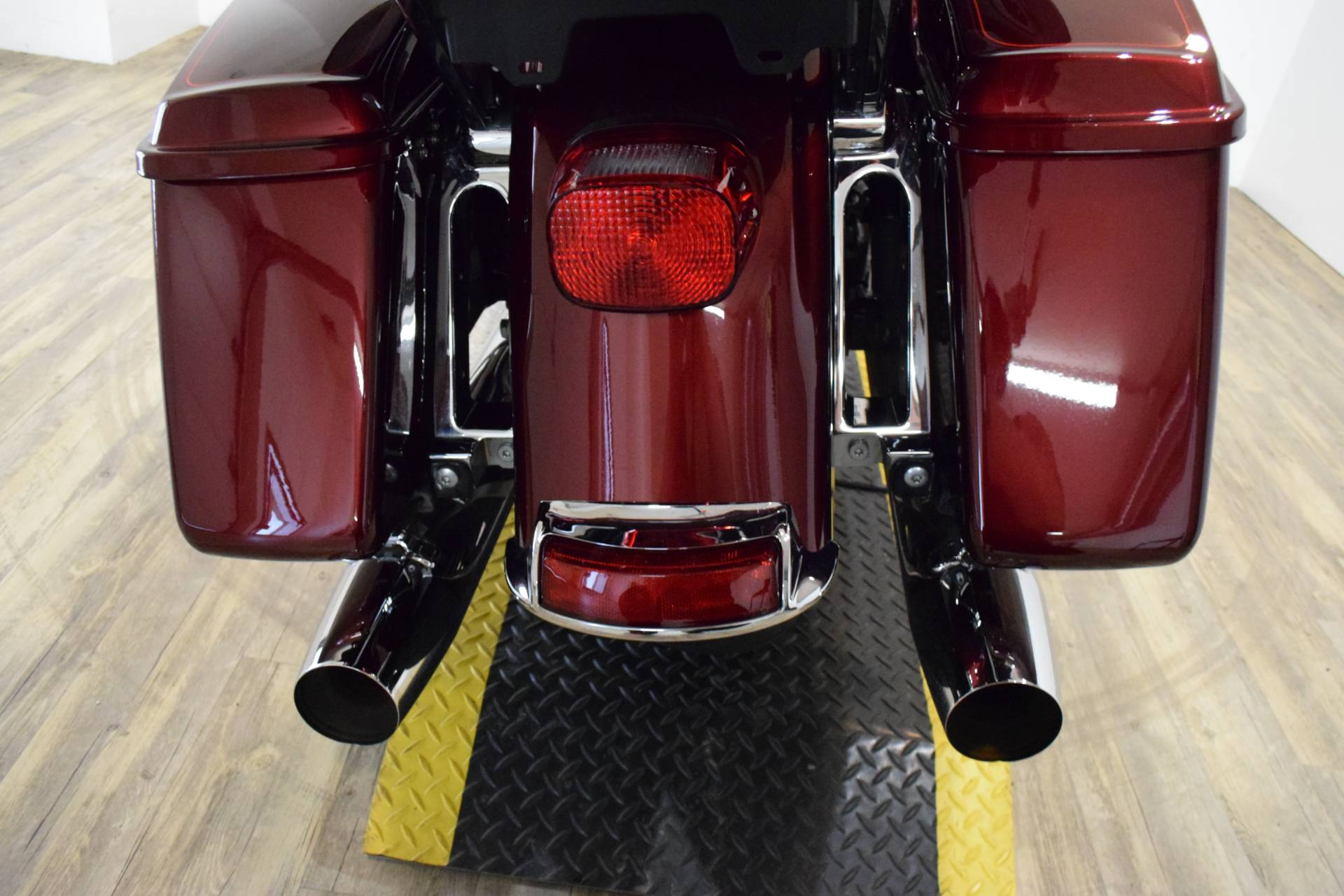2015 Harley-Davidson Electra Glide® Ultra Classic® Low in Wauconda, Illinois - Photo 27