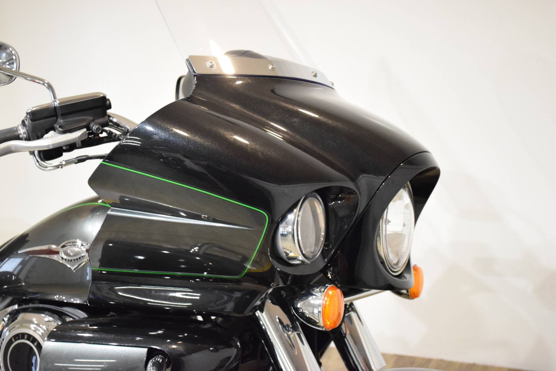 2017 Kawasaki Vulcan 1700 Voyager ABS in Wauconda, Illinois - Photo 3
