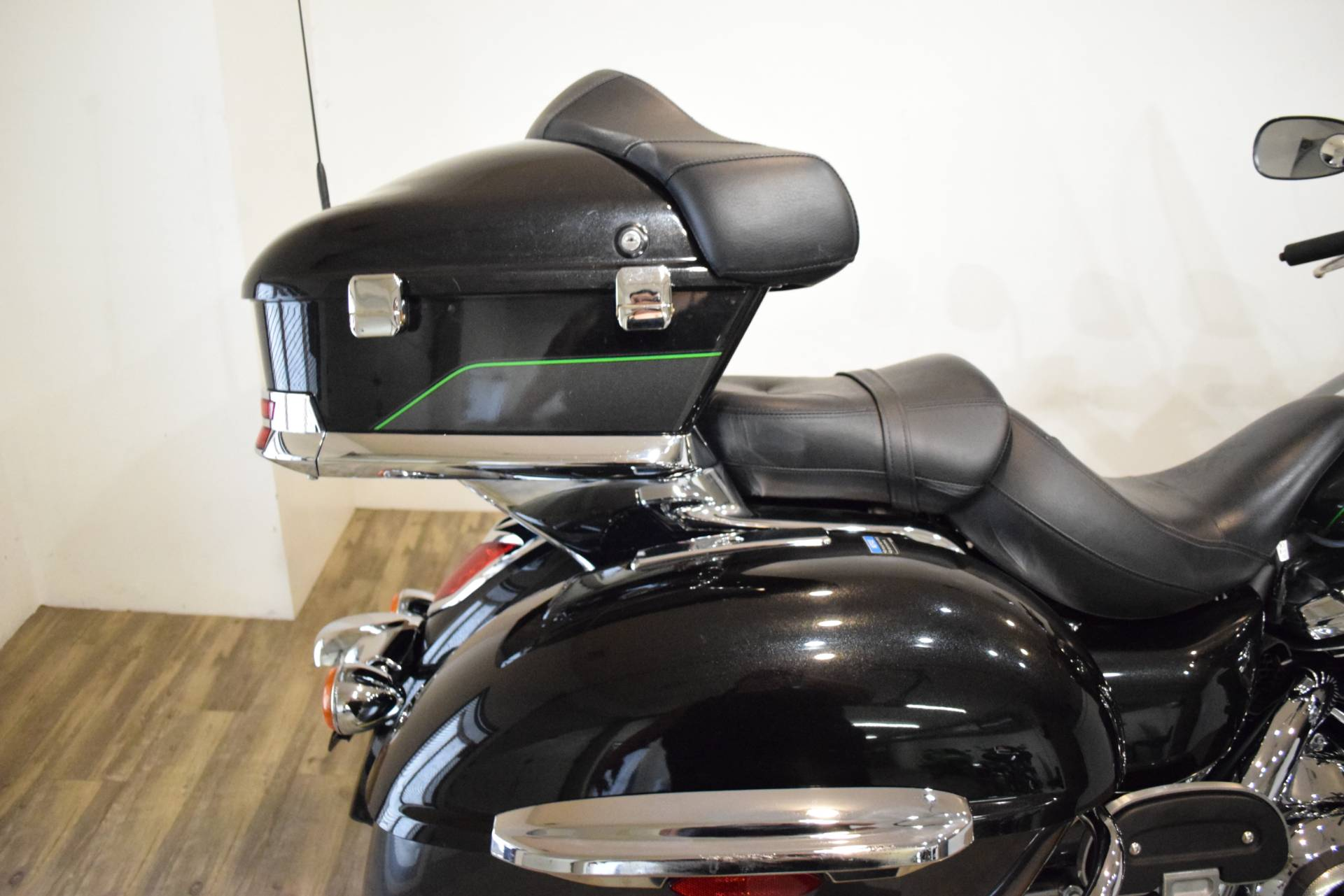 2017 Kawasaki Vulcan 1700 Voyager ABS in Wauconda, Illinois - Photo 7