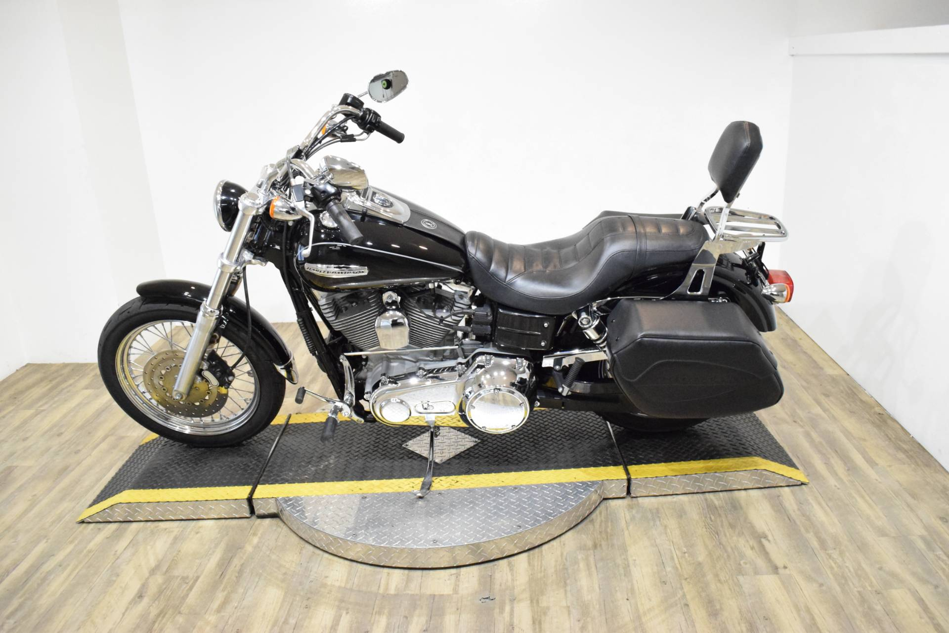 2007 Harley-Davidson Dyna® Super Glide® Custom in Wauconda, Illinois