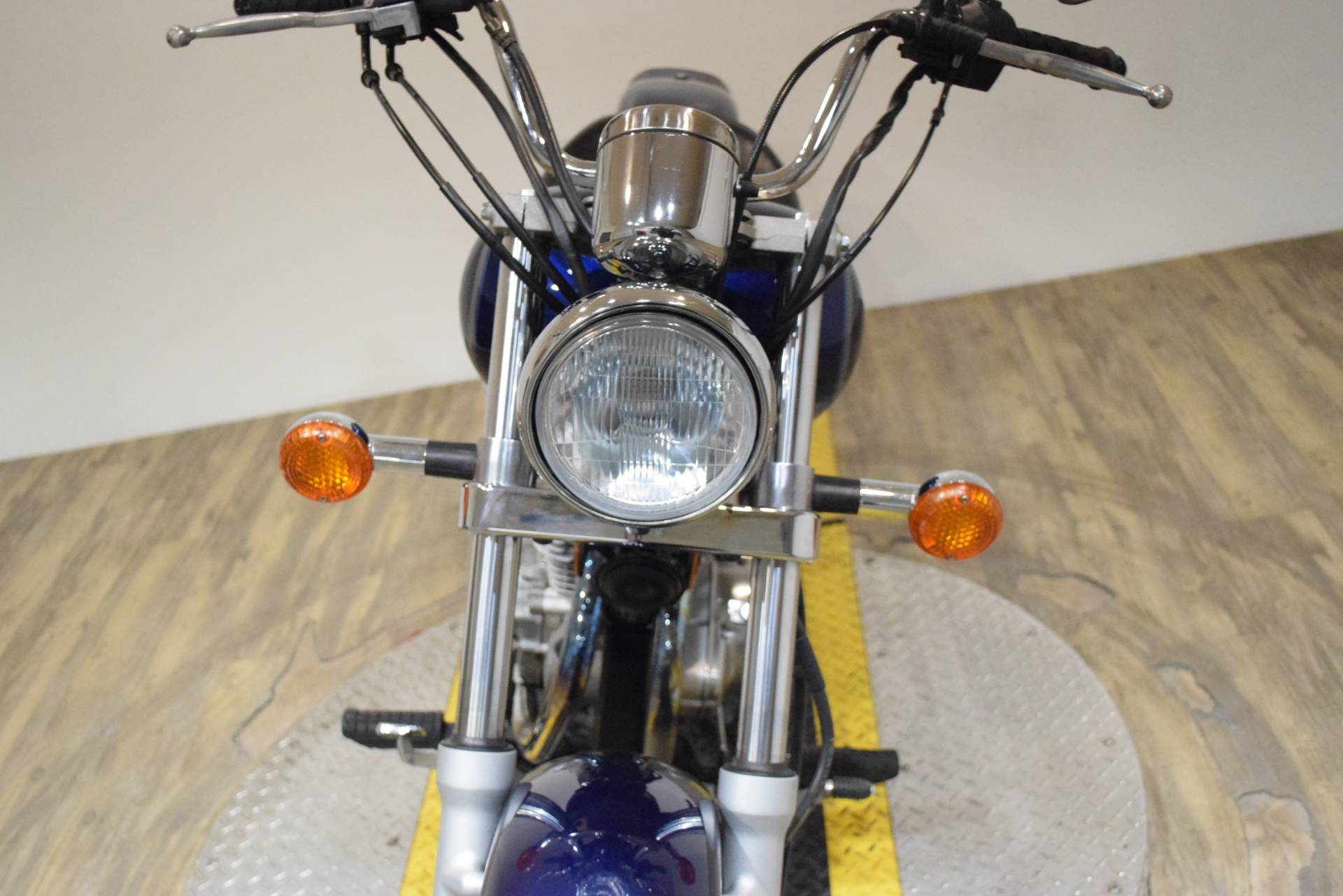 2003 Suzuki GZ 250 in Wauconda, Illinois - Photo 12