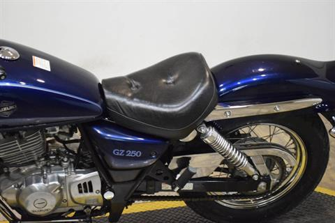 2003 Suzuki GZ 250 in Wauconda, Illinois - Photo 17