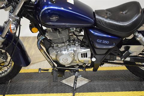 2003 Suzuki GZ 250 in Wauconda, Illinois - Photo 18