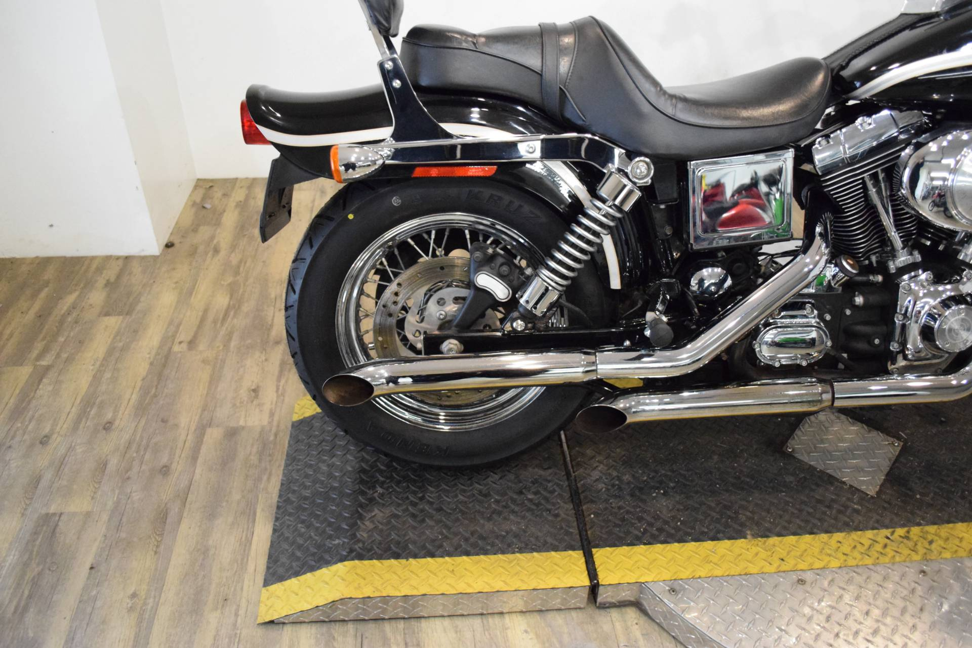 2003 Harley-Davidson FXDWG Dyna Wide Glide® in Wauconda, Illinois - Photo 8