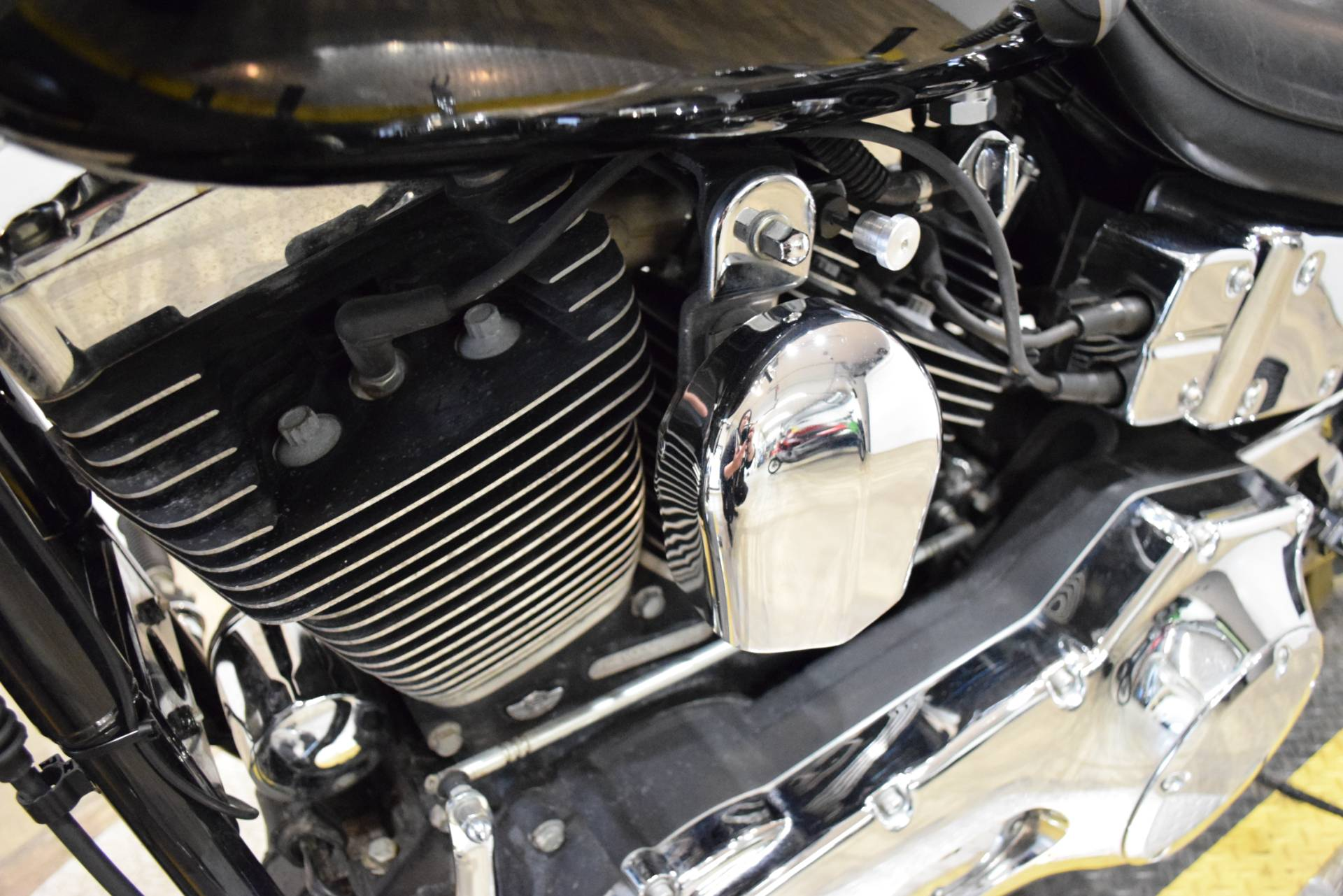 2003 Harley-Davidson FXDWG Dyna Wide Glide® in Wauconda, Illinois - Photo 19