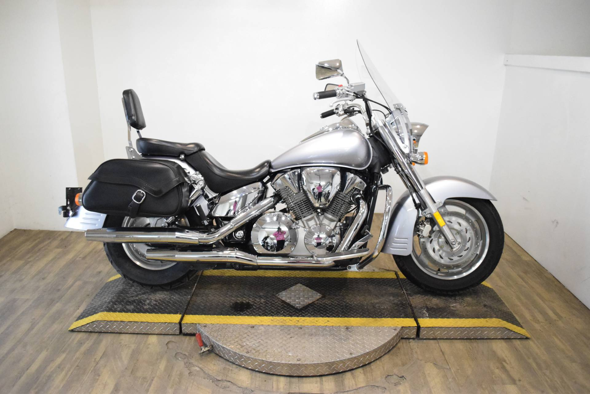 2008 Honda VTX®1300T in Wauconda, Illinois - Photo 1