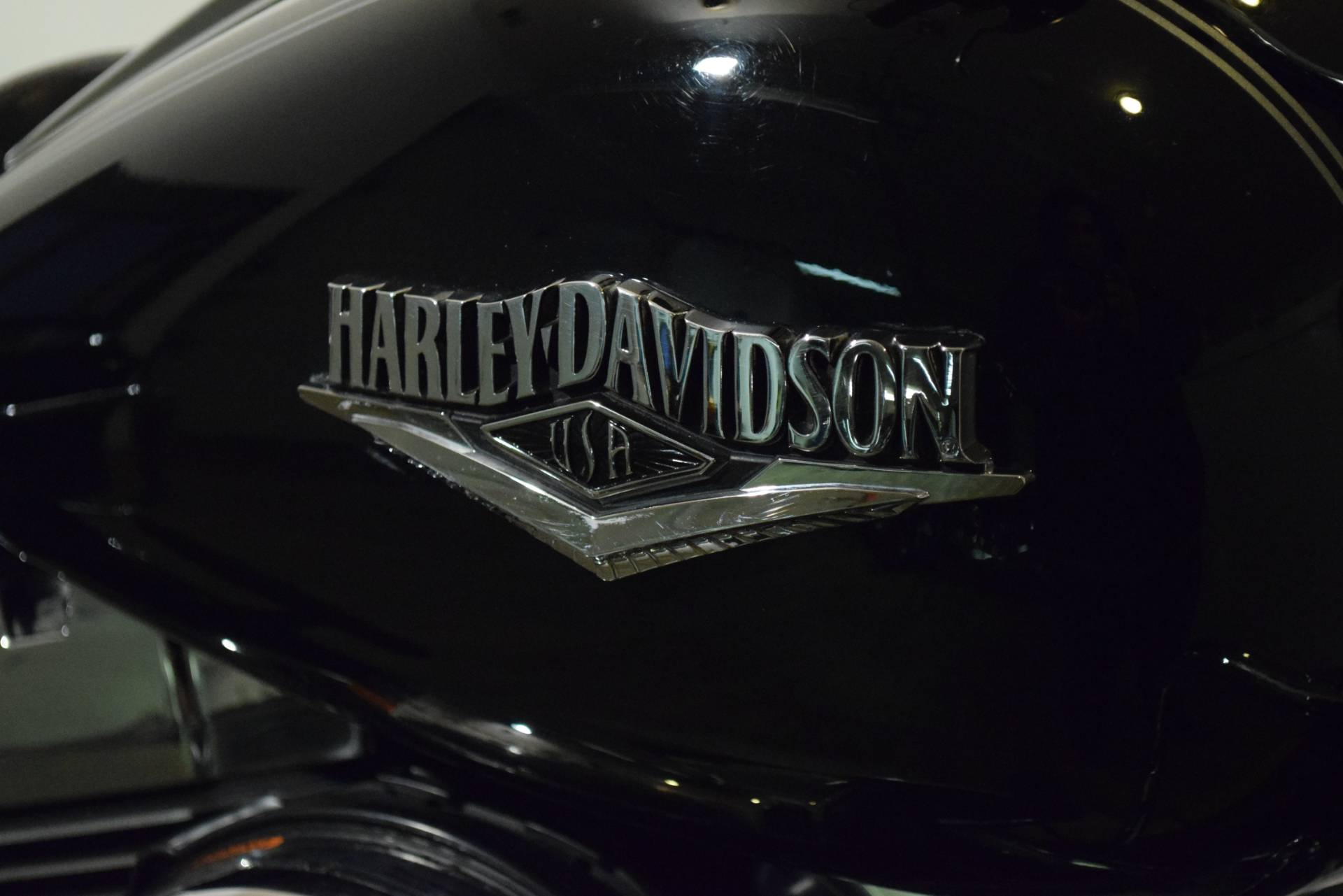 2014 Harley-Davidson Road King® in Wauconda, Illinois - Photo 5