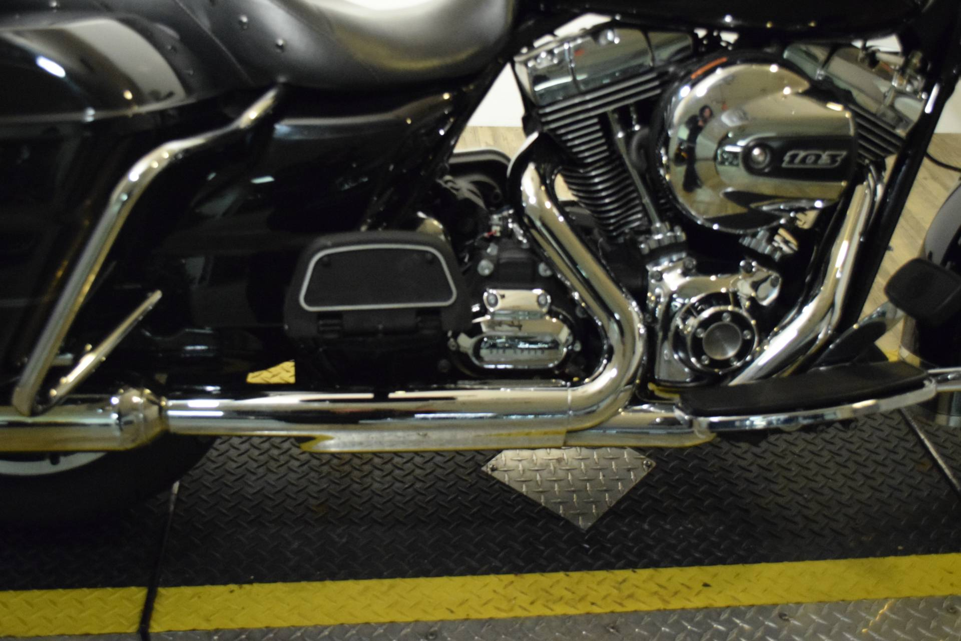 2014 Harley-Davidson Road King® in Wauconda, Illinois - Photo 7