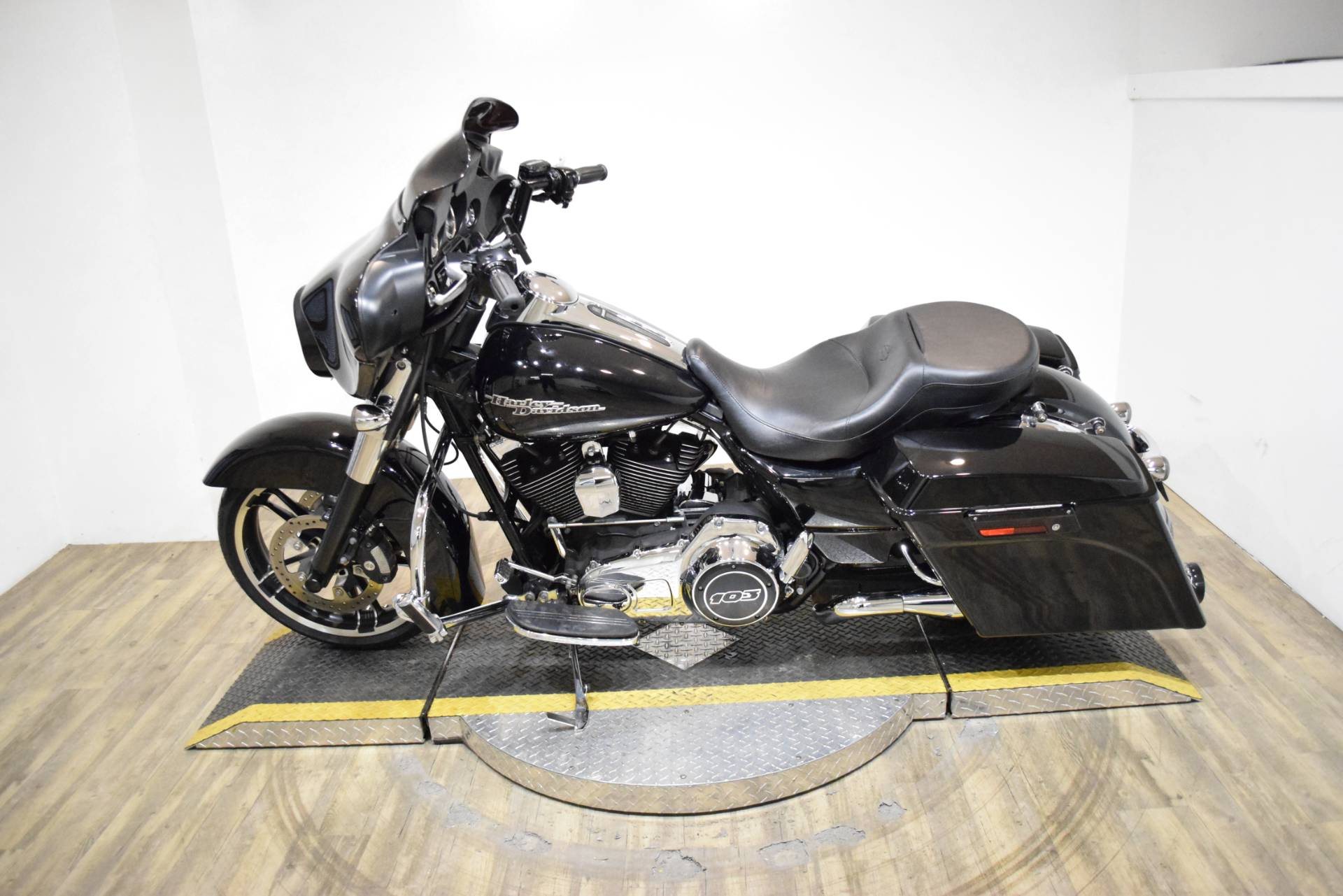 2012 Harley-Davidson Street Glide® in Wauconda, Illinois - Photo 15