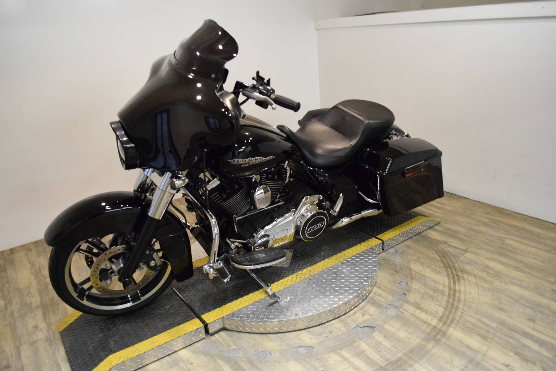 2012 Harley-Davidson Street Glide® in Wauconda, Illinois - Photo 22