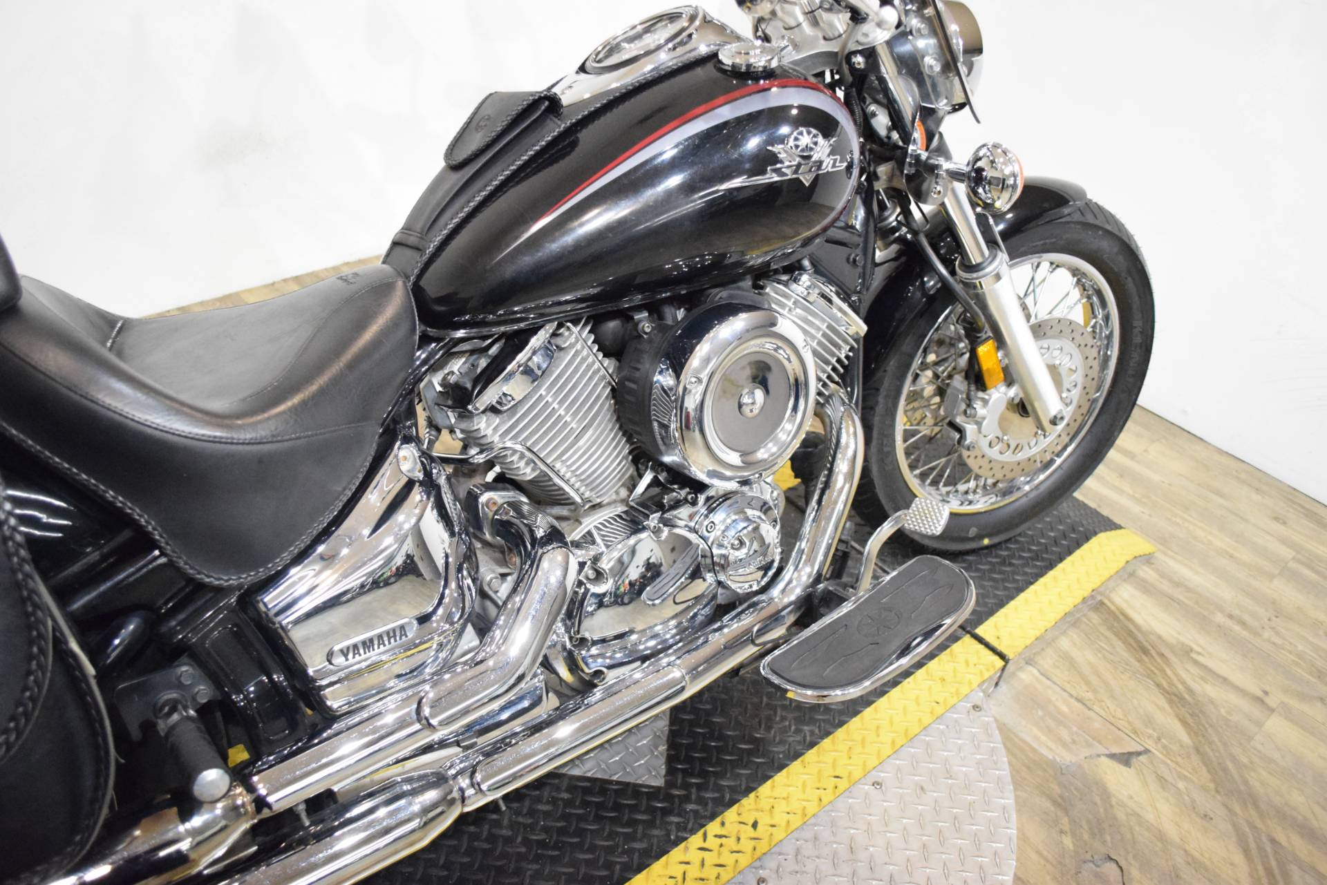 2002 Yamaha V Star 1100 Custom in Wauconda, Illinois - Photo 6